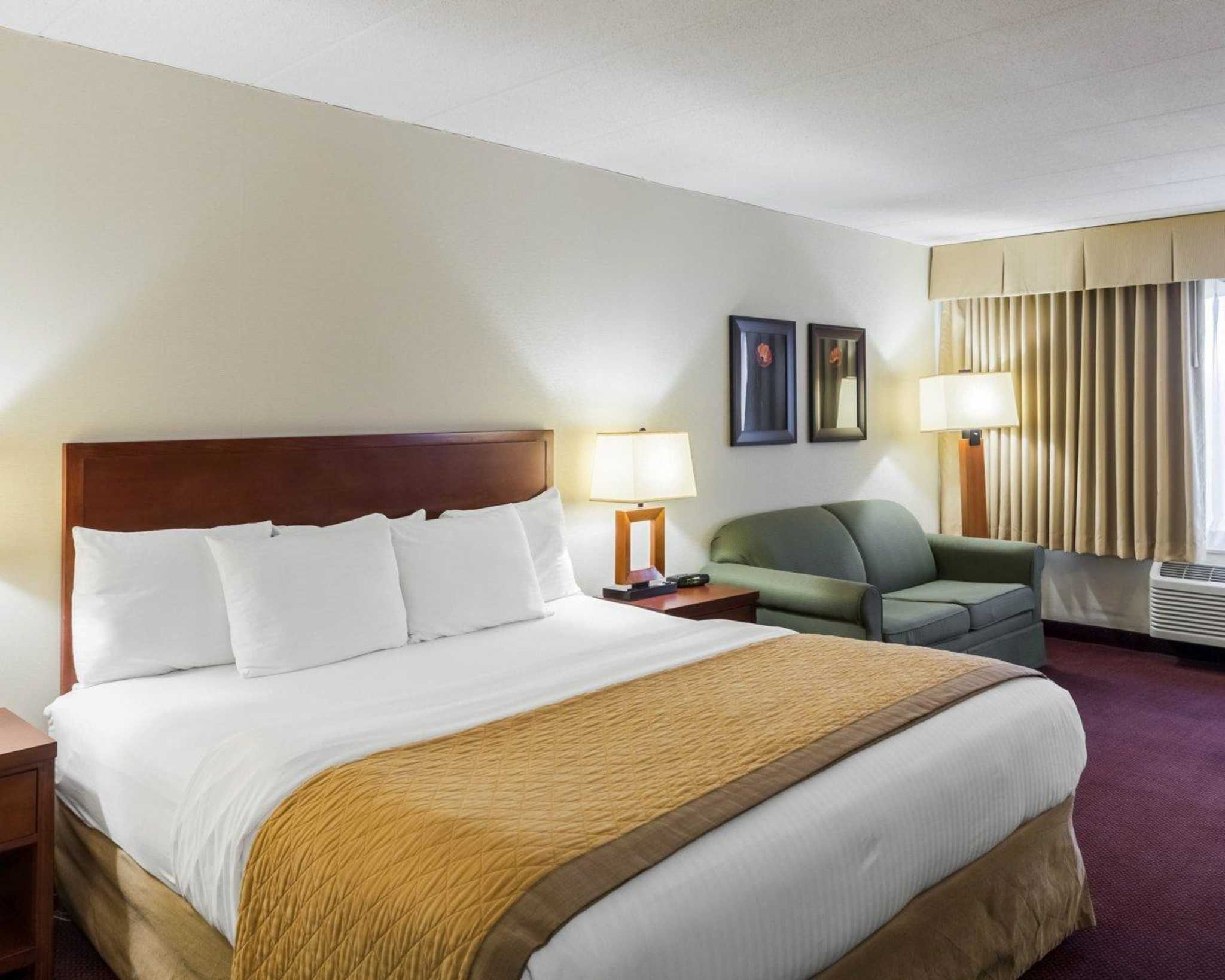 Clarion Hotel image 7