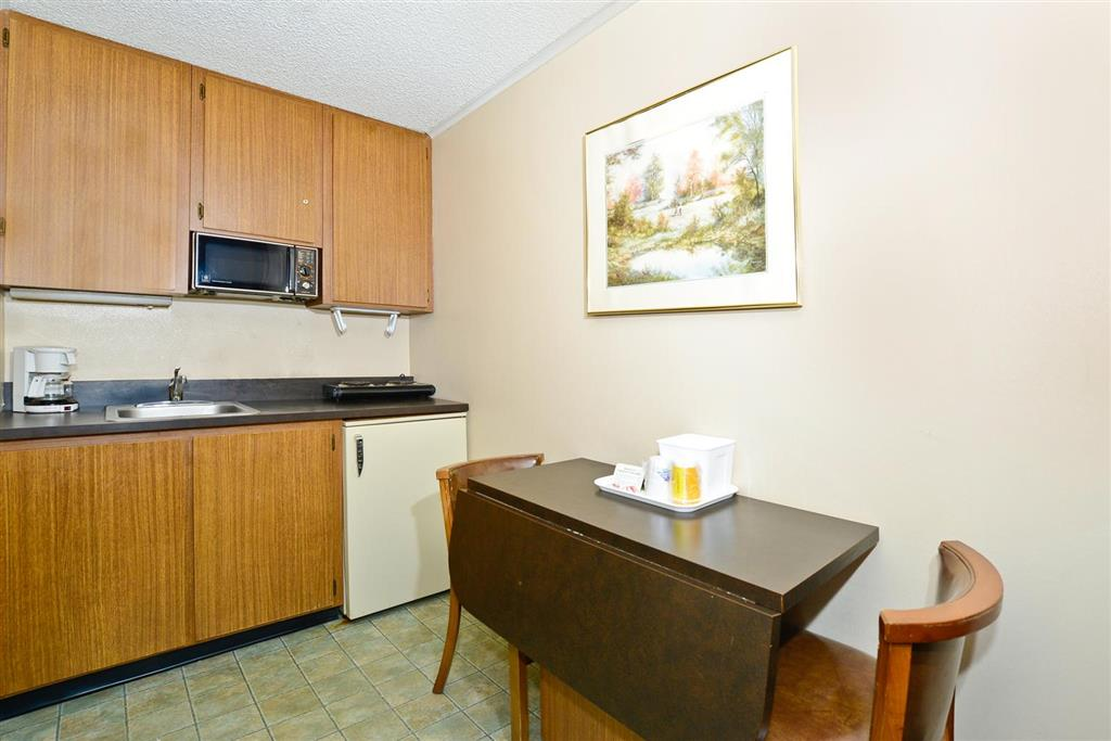 Americas Best Value Inn Covington image 16
