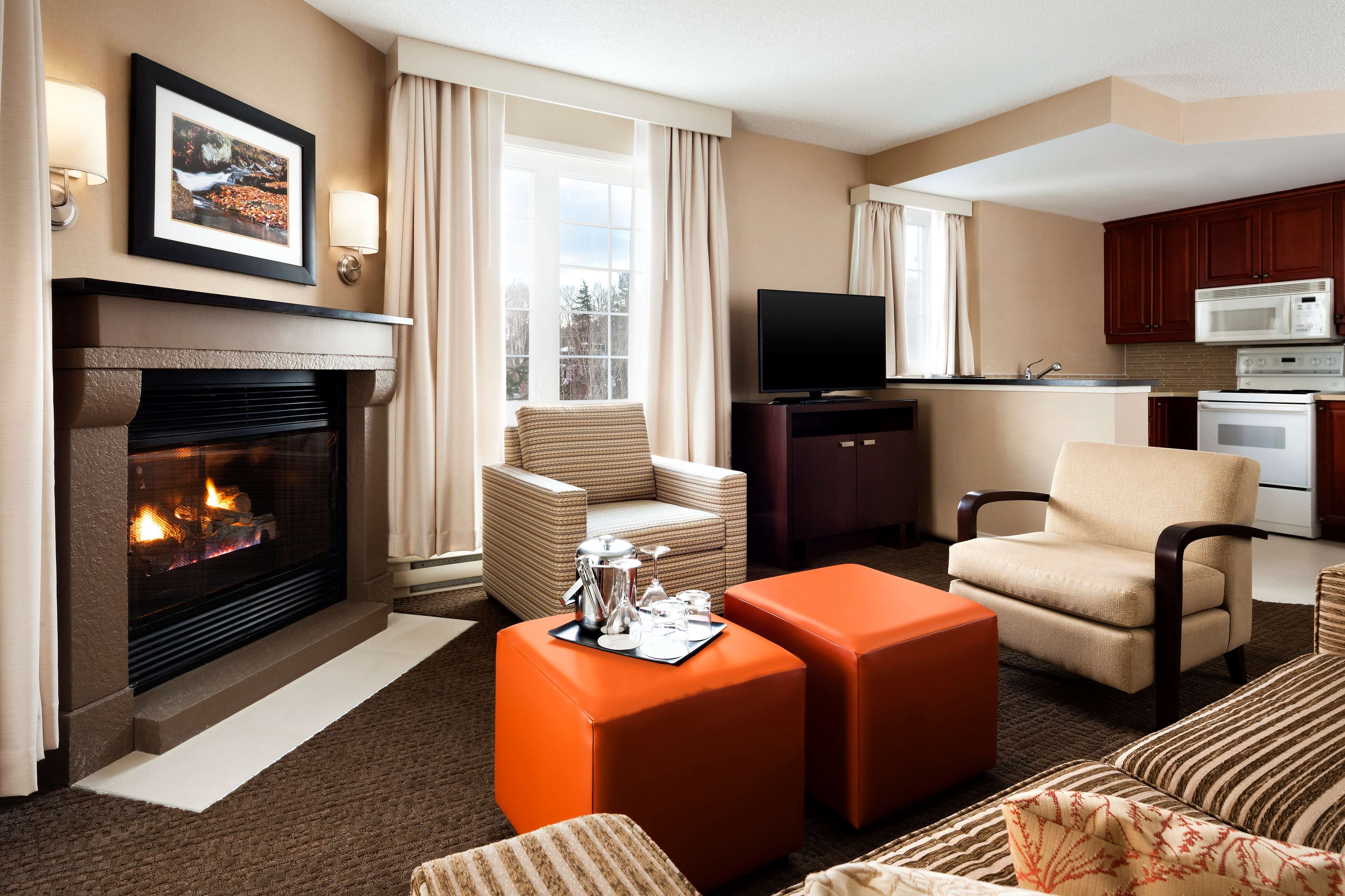 Le Westin Resort & Spa, Tremblant, Quebec à Mont Tremblant: Living Areas - Two Bedrooms Suite