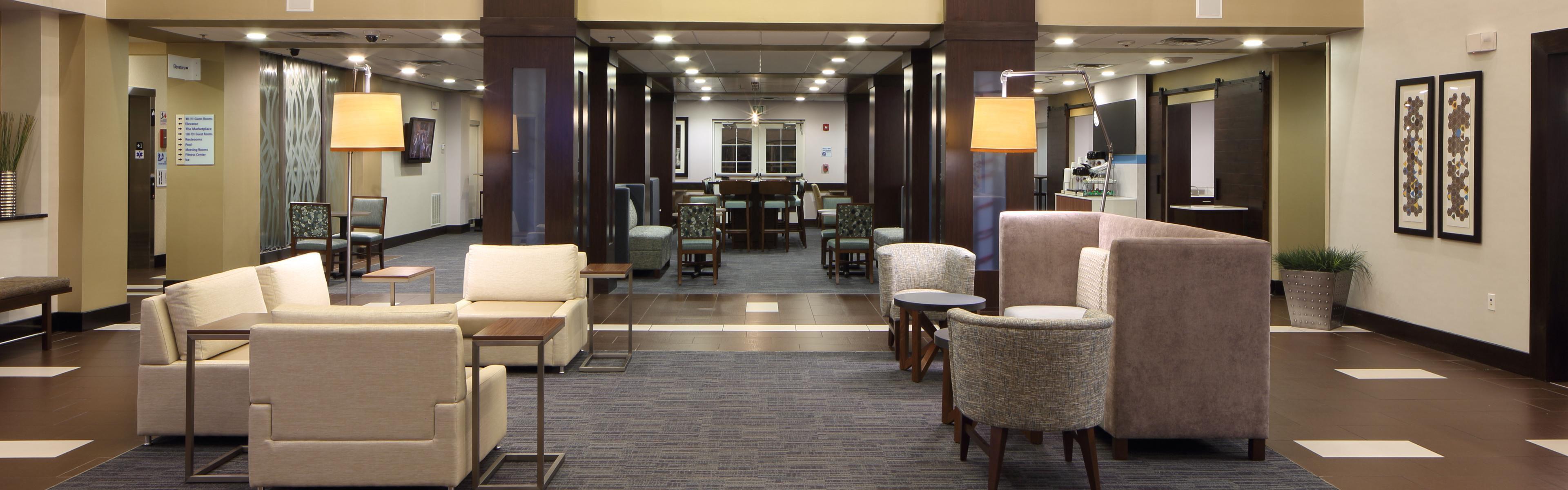 Holiday Inn Express & Suites Atlanta Arpt West - Camp Creek image 0