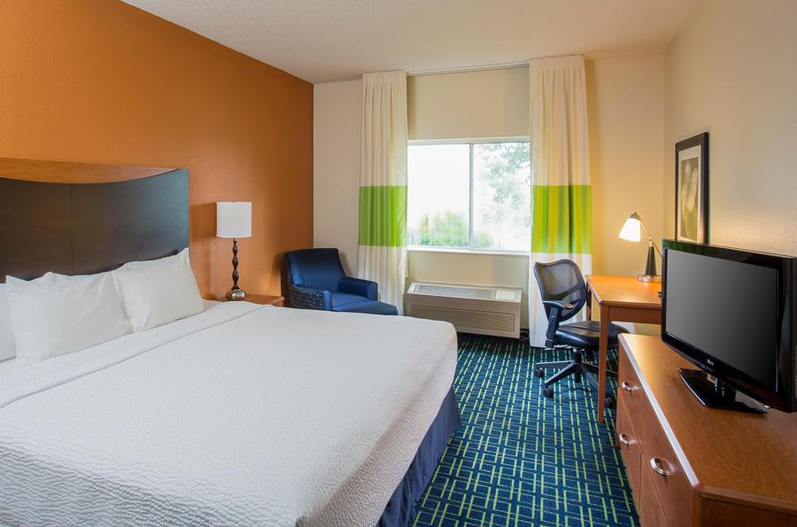 Fairfield Inn & Suites by Marriott Houston Energy Corridor/Katy Freeway image 3
