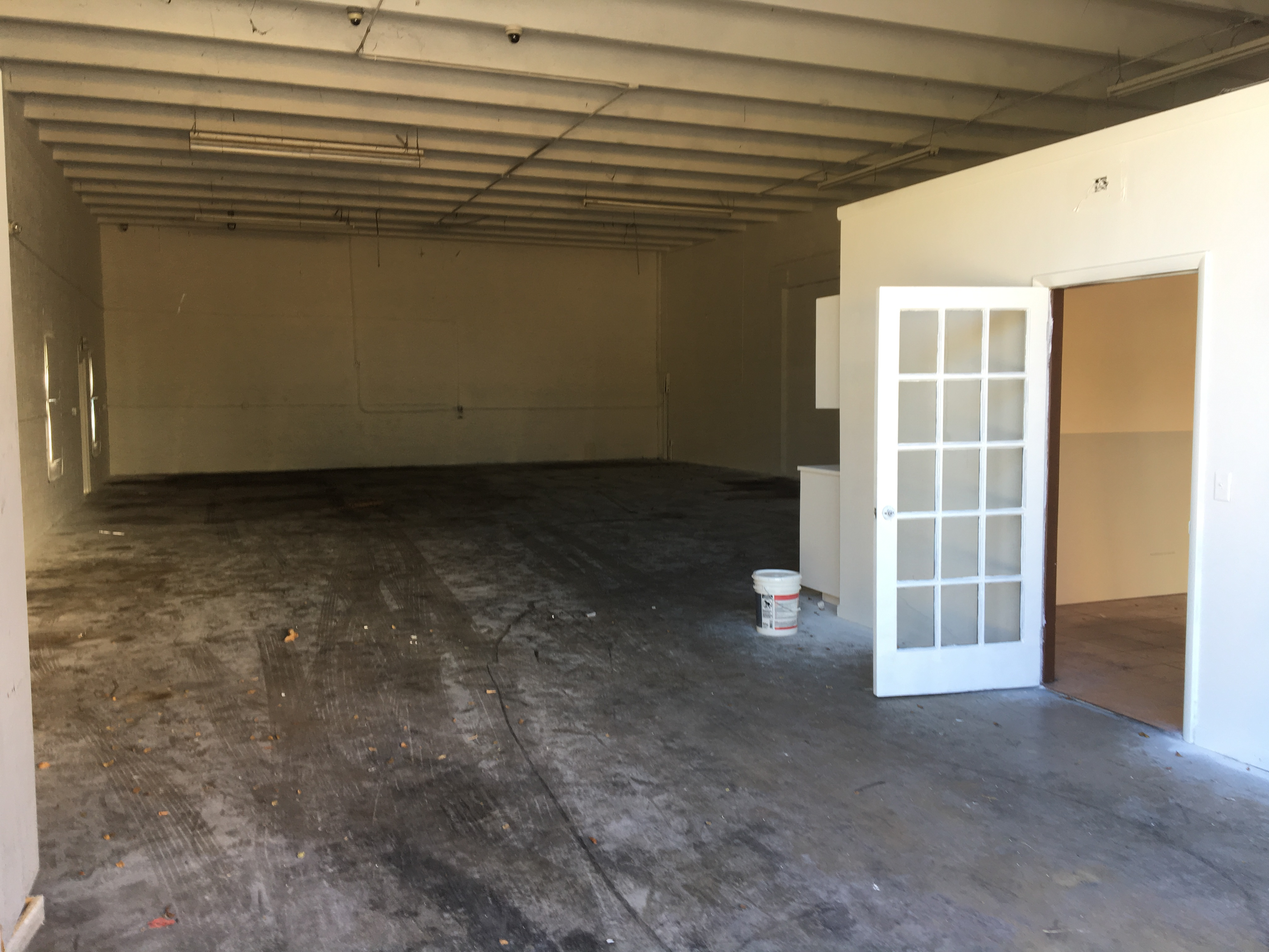 Warehouse for Rent in Miami image 34