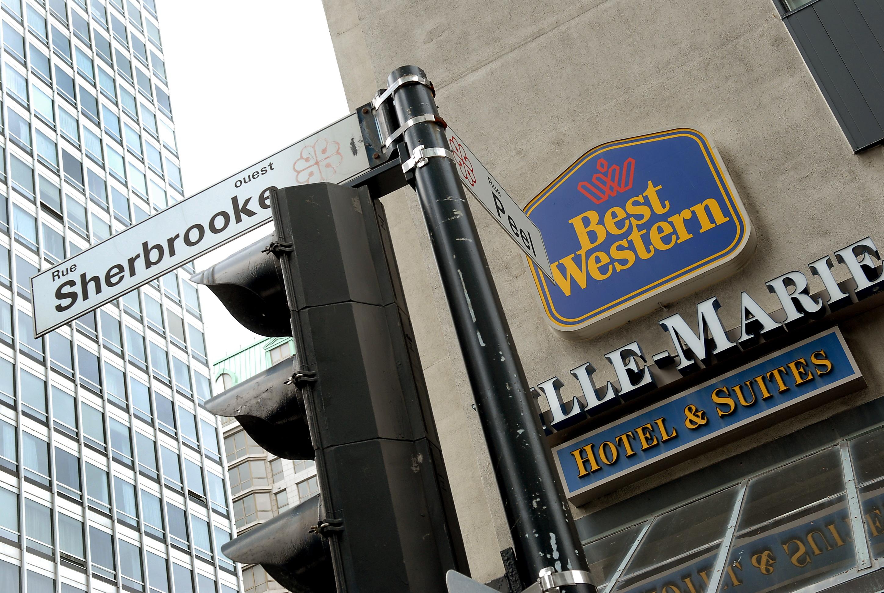 Best Western Ville-Marie Montreal Hotel & Suites à Montreal: Hotel Exterior