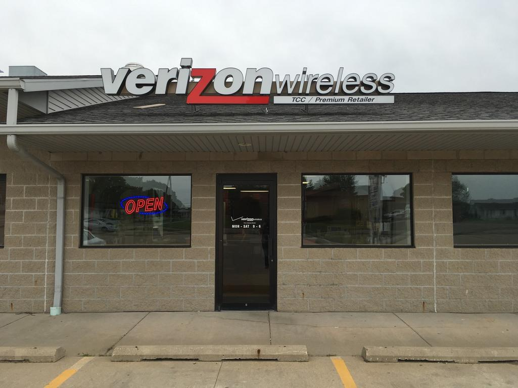 Verizon Authorized Retailer, TCC image 4