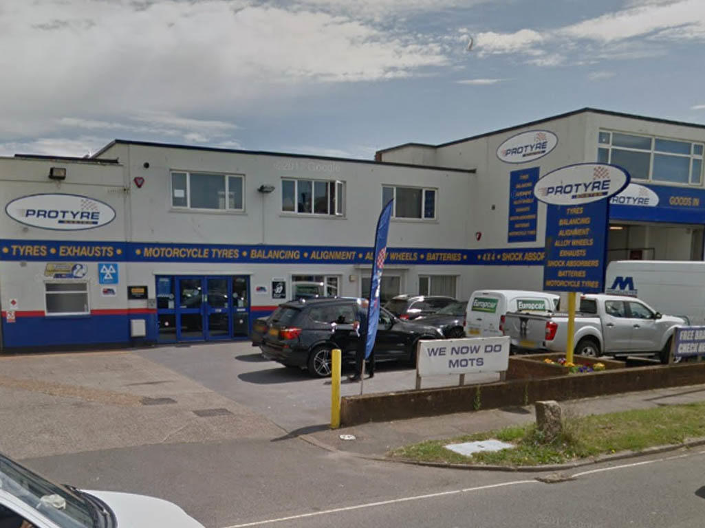 Protyre Tyre Dealers In Exeter Ex2 8nw 192 Com