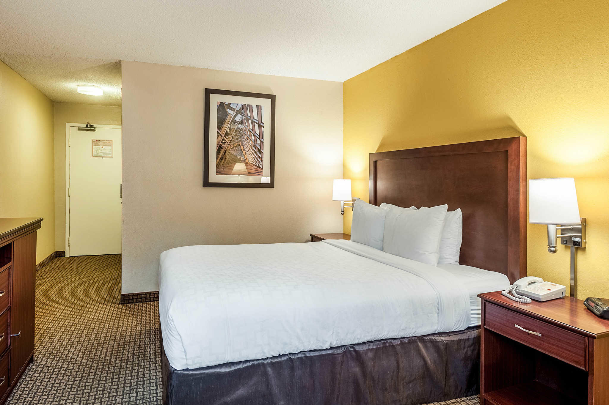 Clarion Hotel Seattle Airport image 12