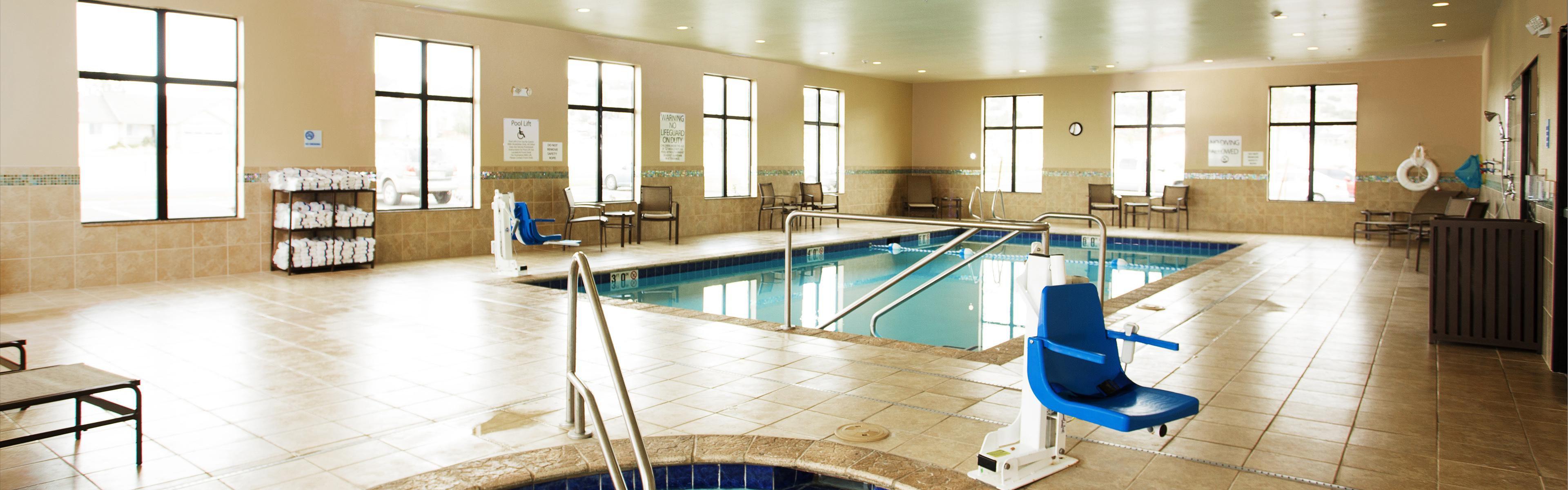 Holiday Inn Express & Suites Pocatello image 2