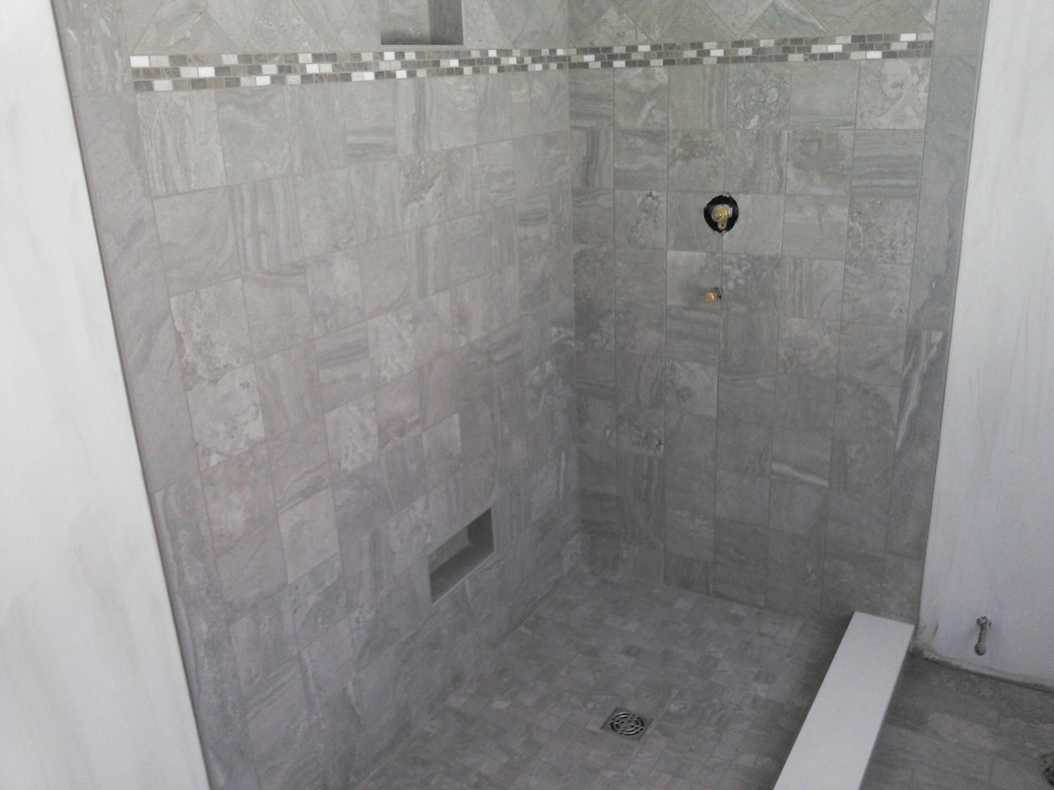Colonial Carpet & Tile Inc image 1