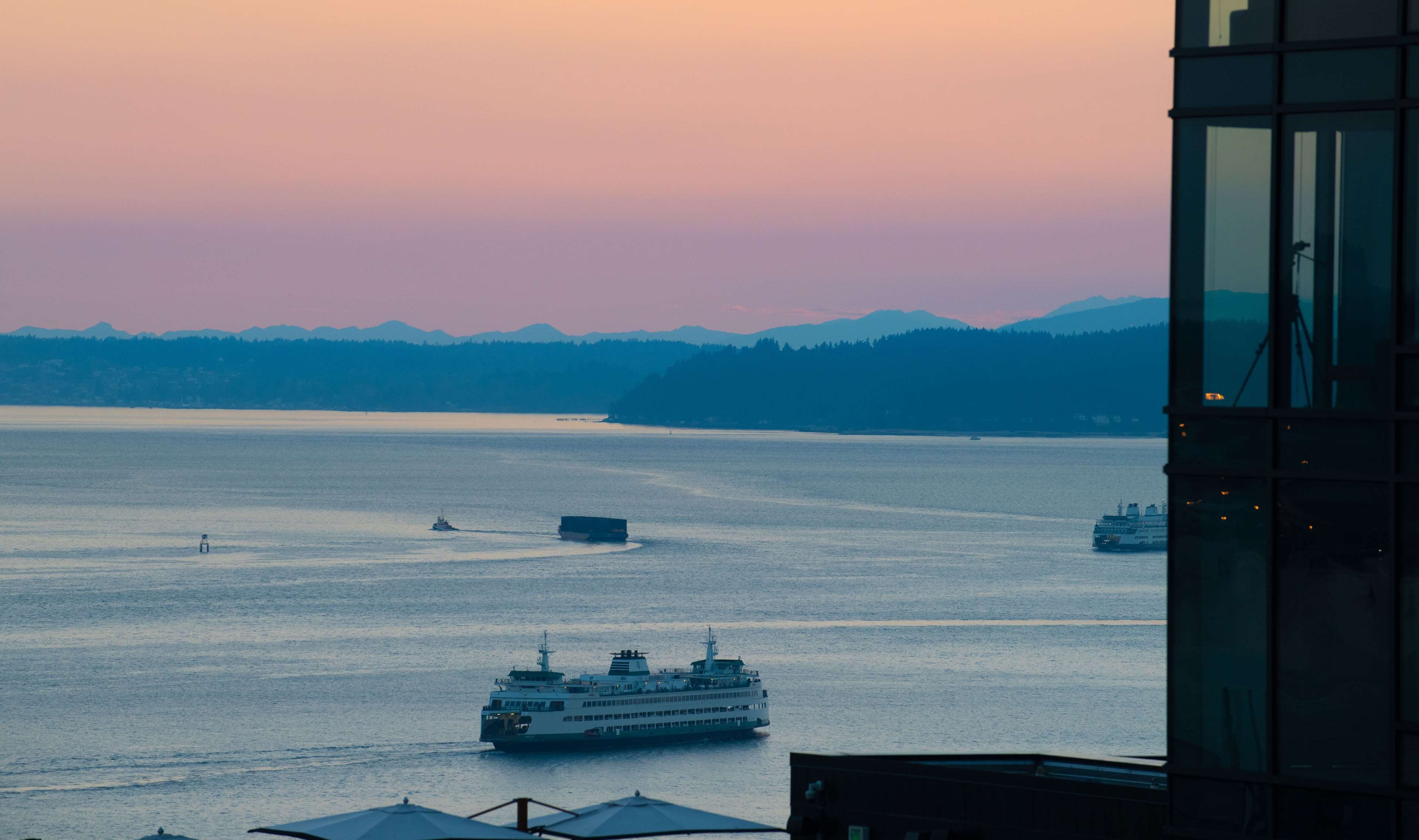The Charter Hotel Seattle, Curio Collection by Hilton image 3