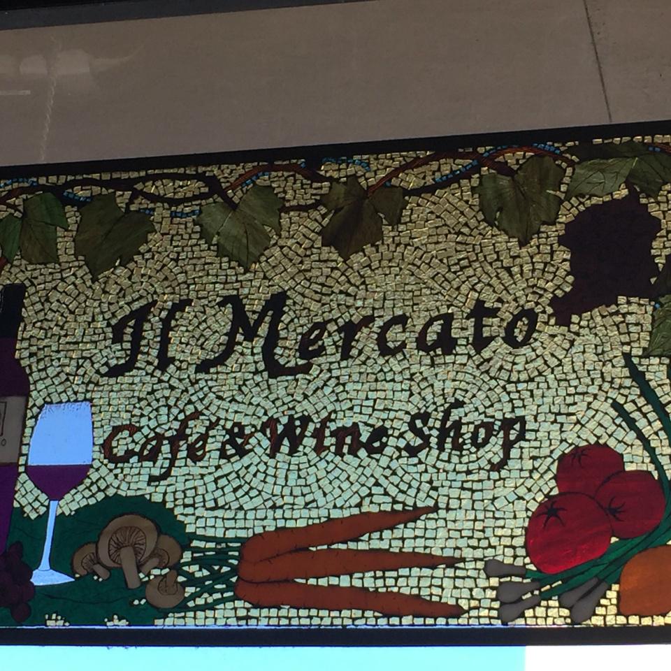 IL Mercato Cafe & Wine Bar