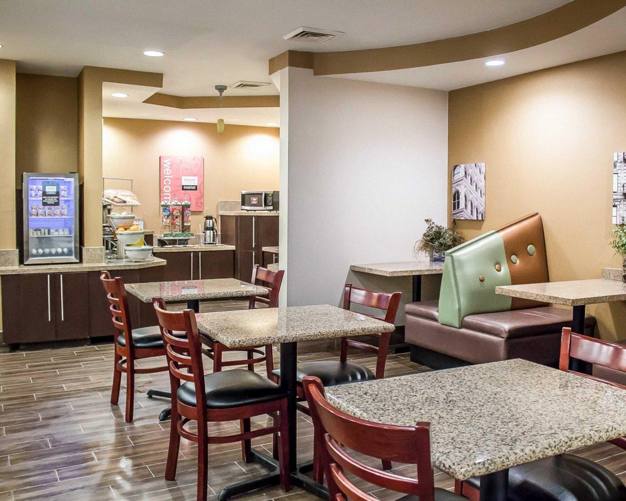 Comfort Suites Perrysburg - Toledo South image 14