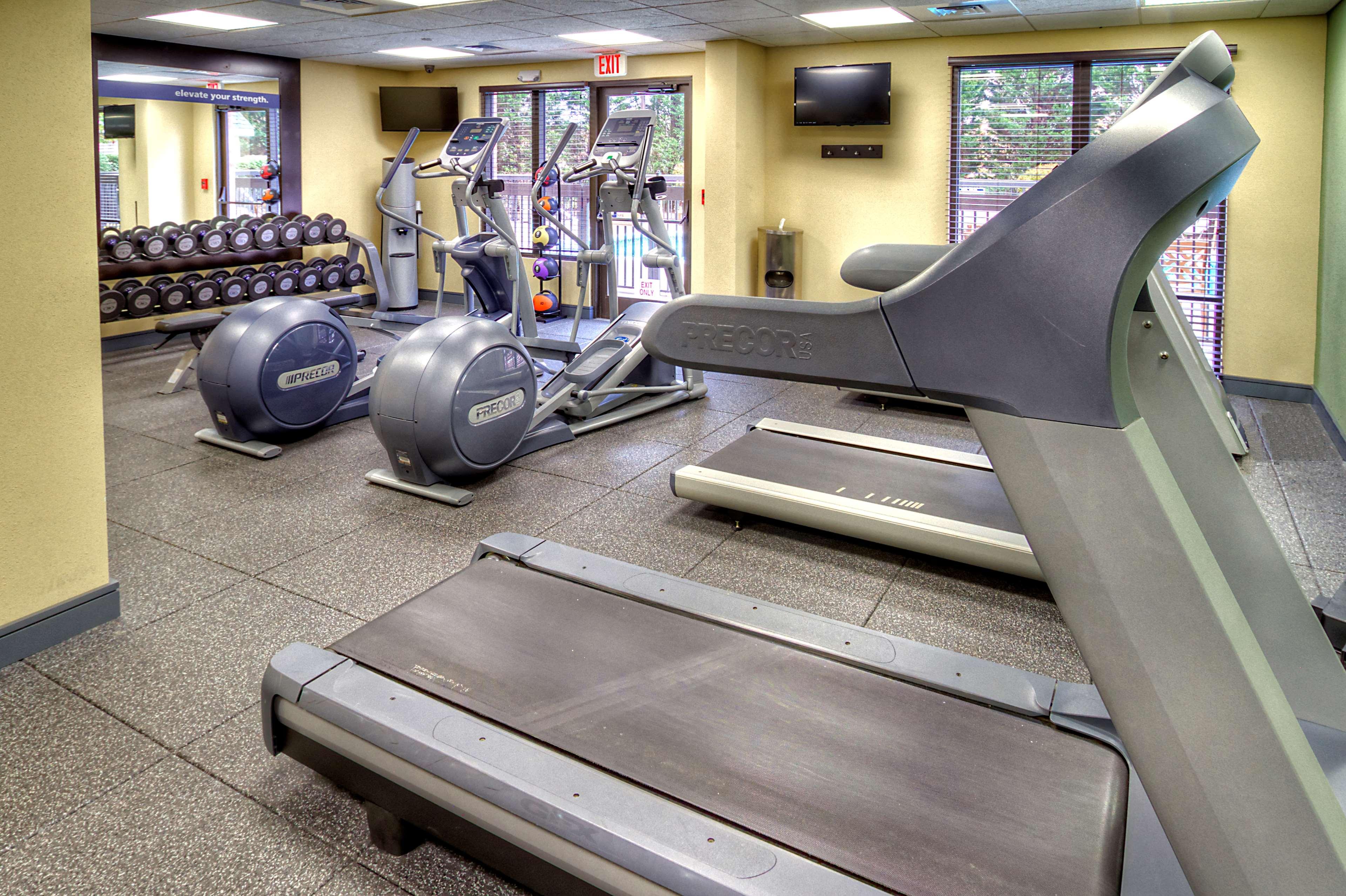 Hampton Inn & Suites Asheville-I-26 image 7