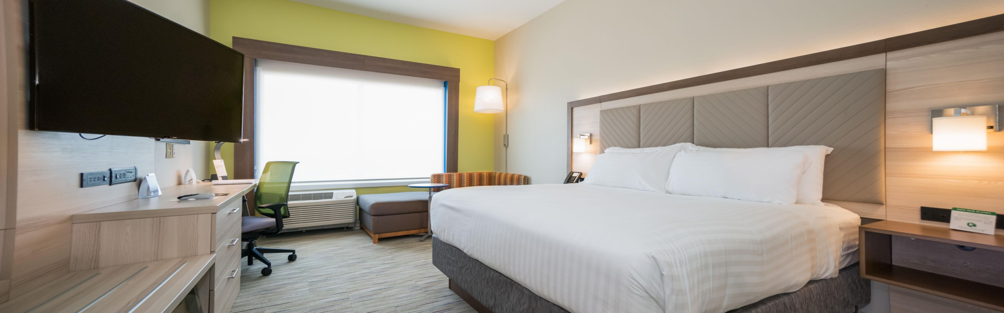 Holiday Inn Express & Suites Southaven Central - Memphis image 1