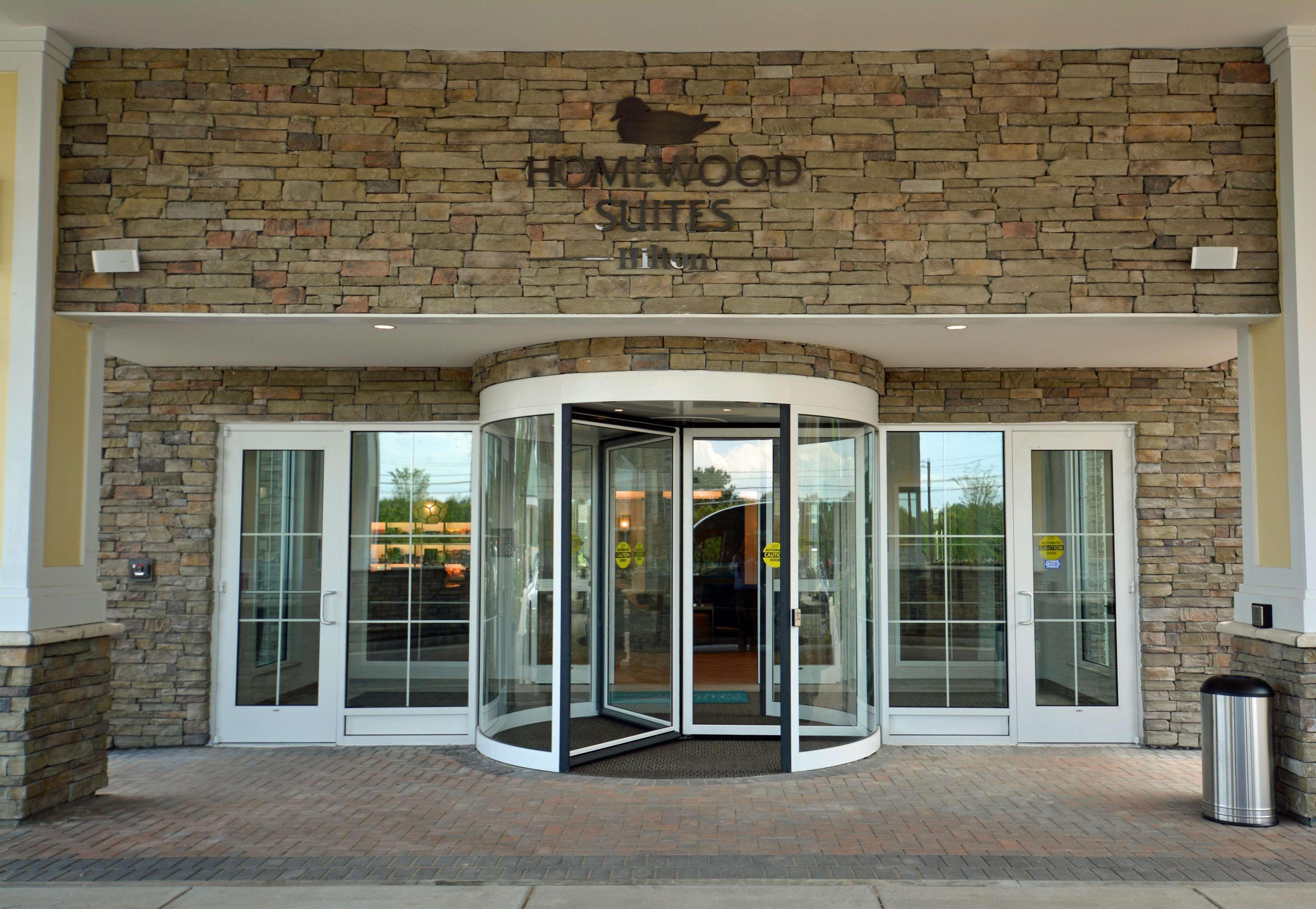 Homewood Suites by Hilton Saratoga Springs image 13