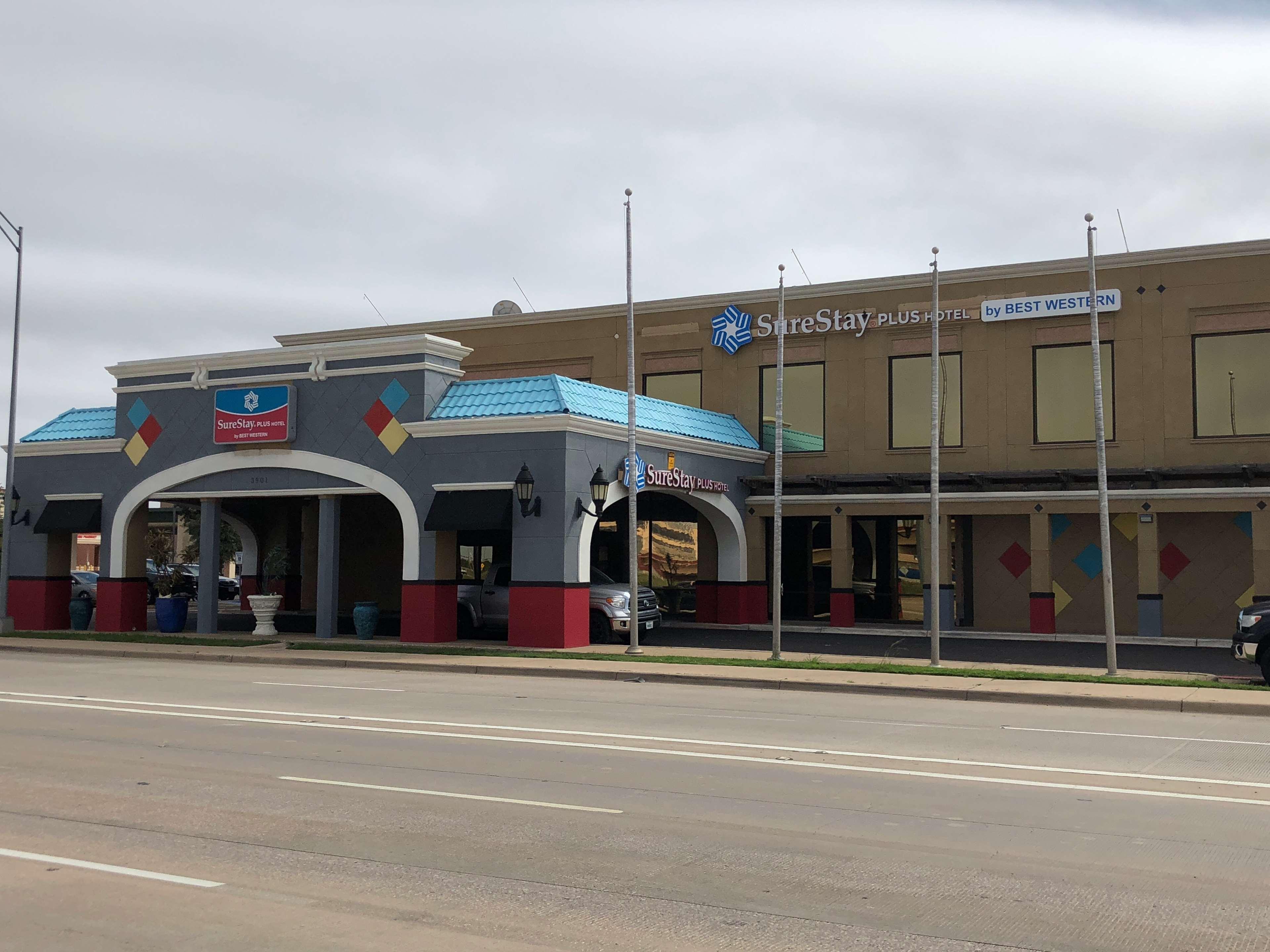 SureStay Plus Hotel by Best Western Lubbock Medical Center image 2