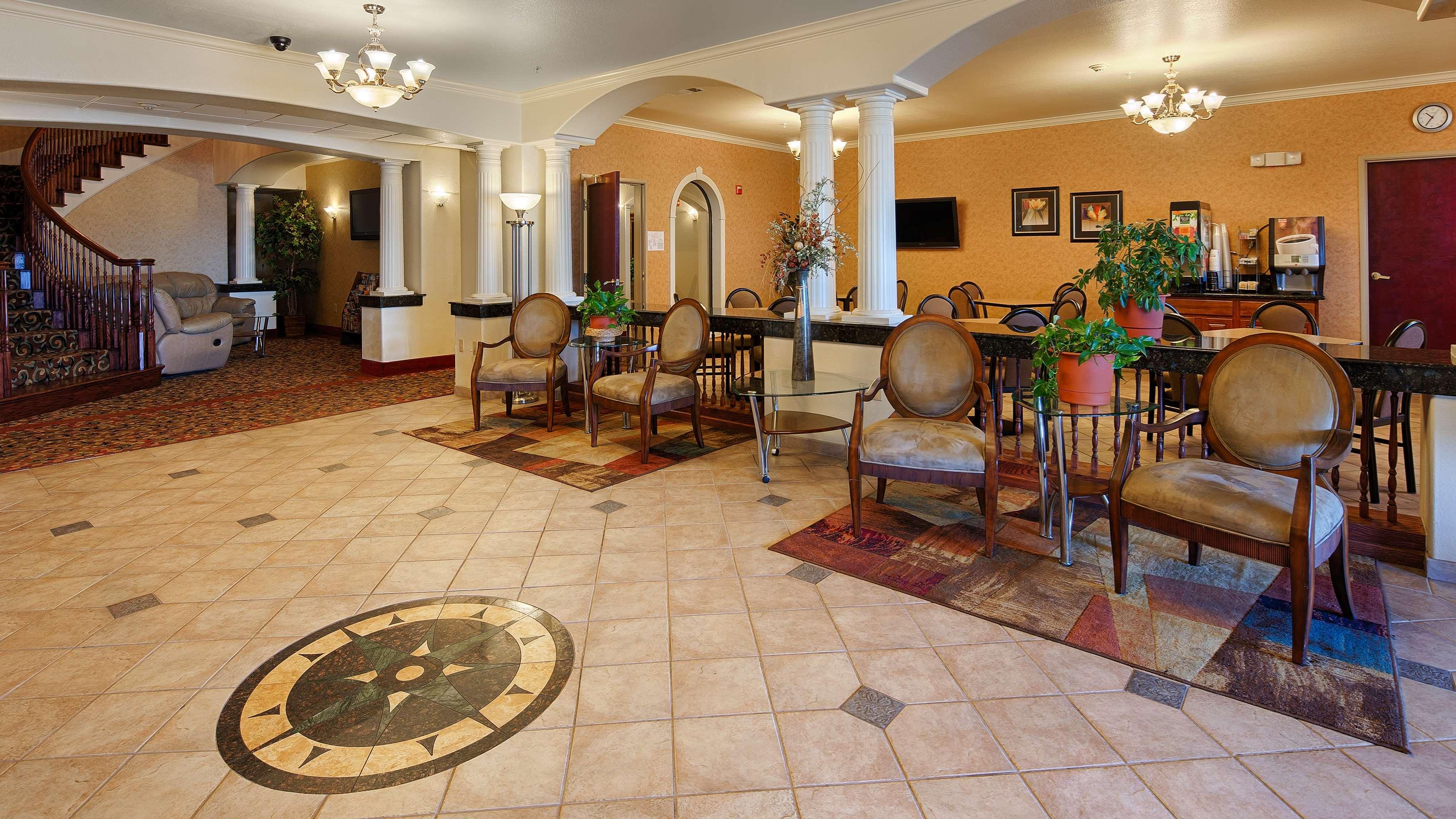 Best Western Henrietta Inn & Suites image 4
