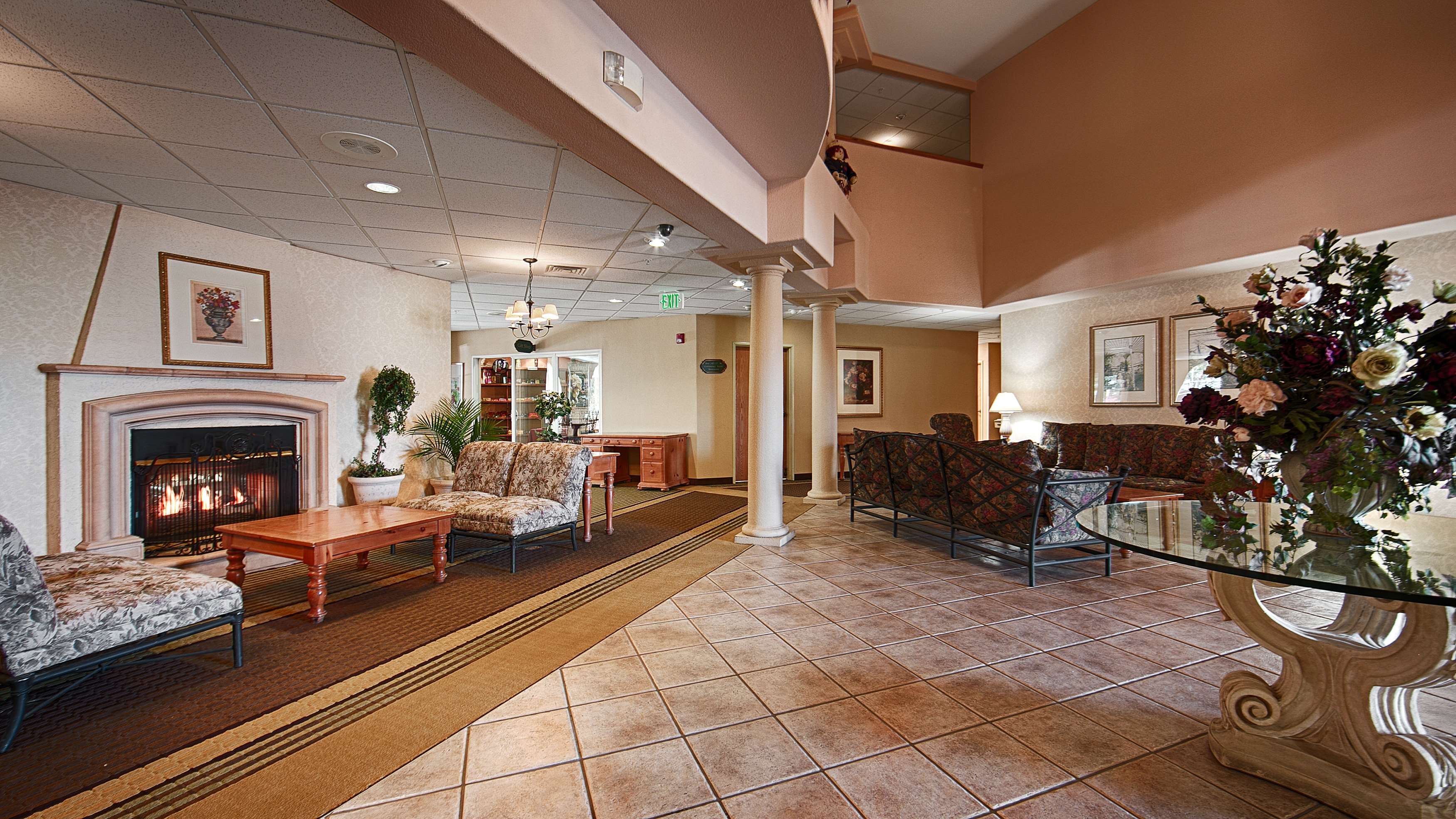 Best Western Plus Caldwell Inn & Suites image 7