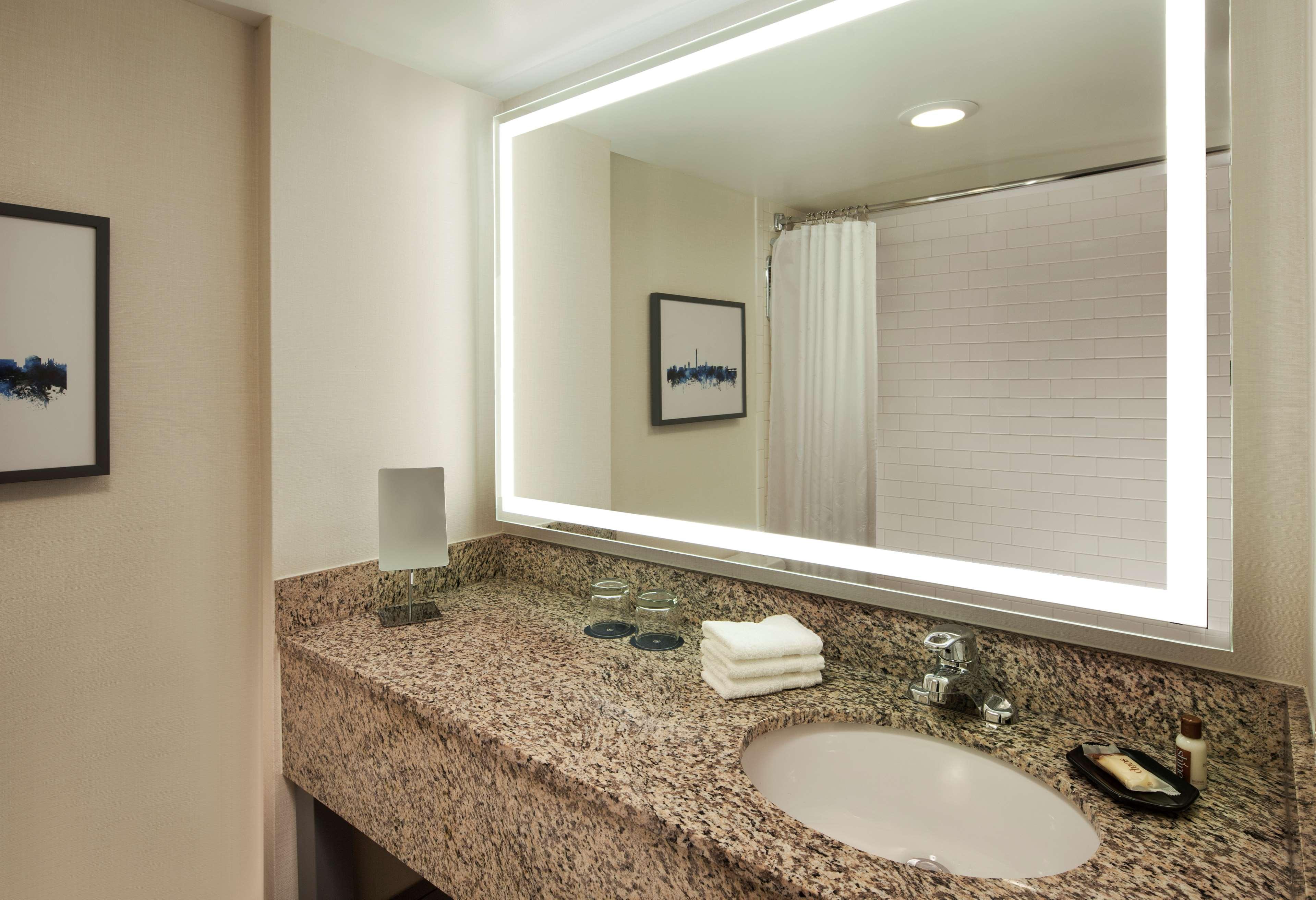 Sheraton Silver Spring Hotel image 10