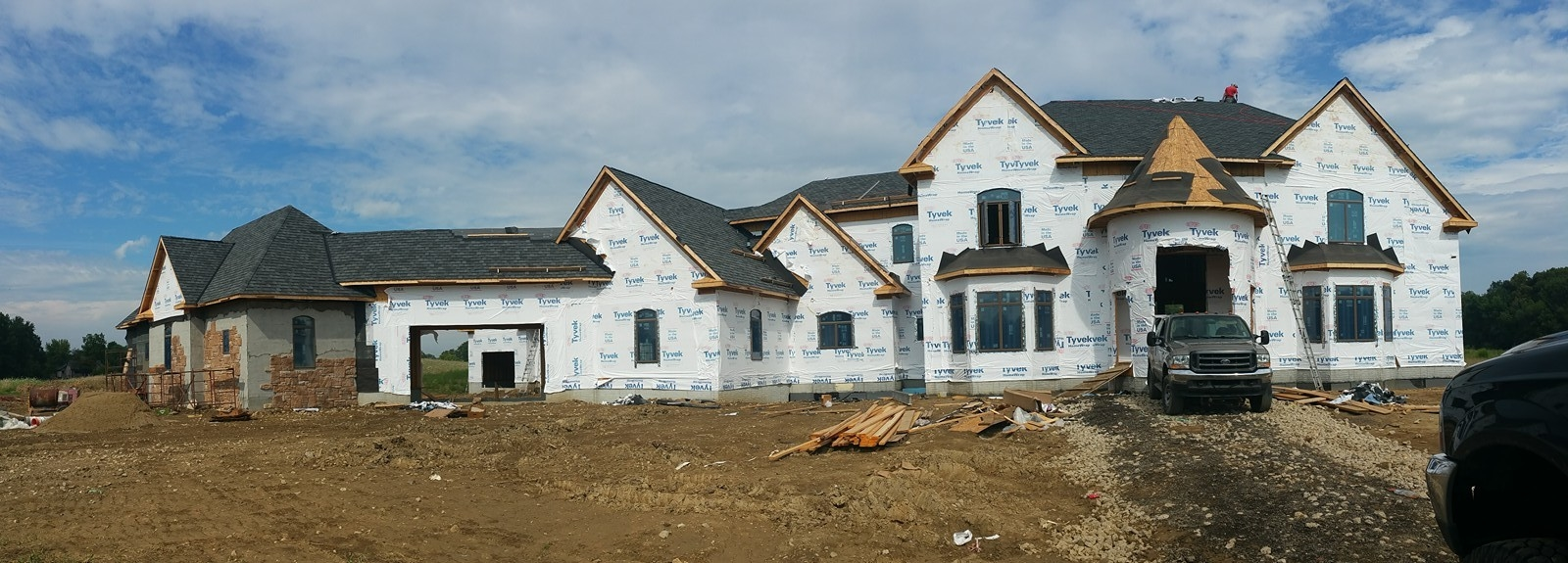 H & M Roofing And Exteriors LLC image 4