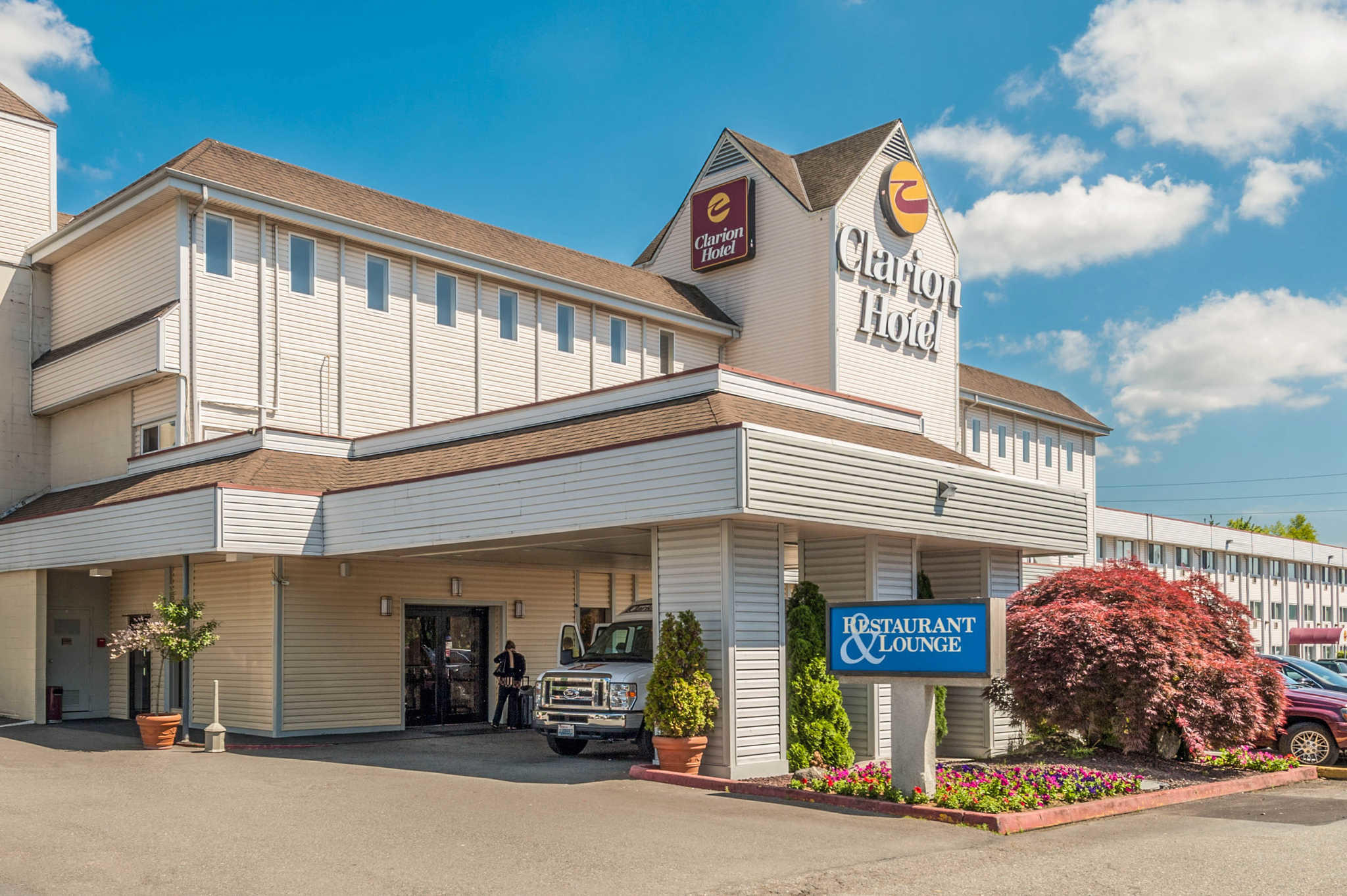 Clarion Hotel Seattle Airport image 0
