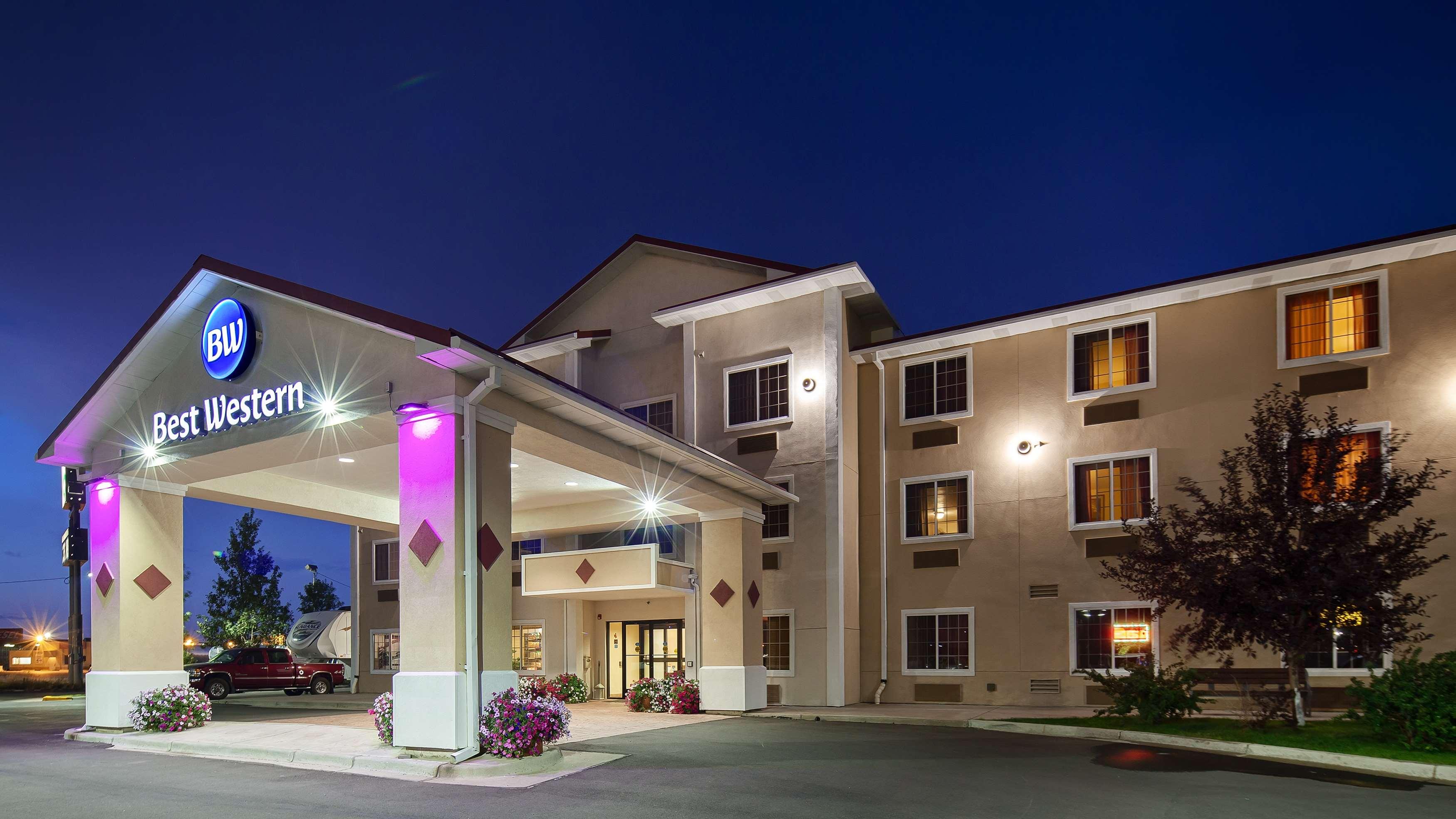 Best Western Laramie Inn & Suites in Laramie, WY - (307 ...