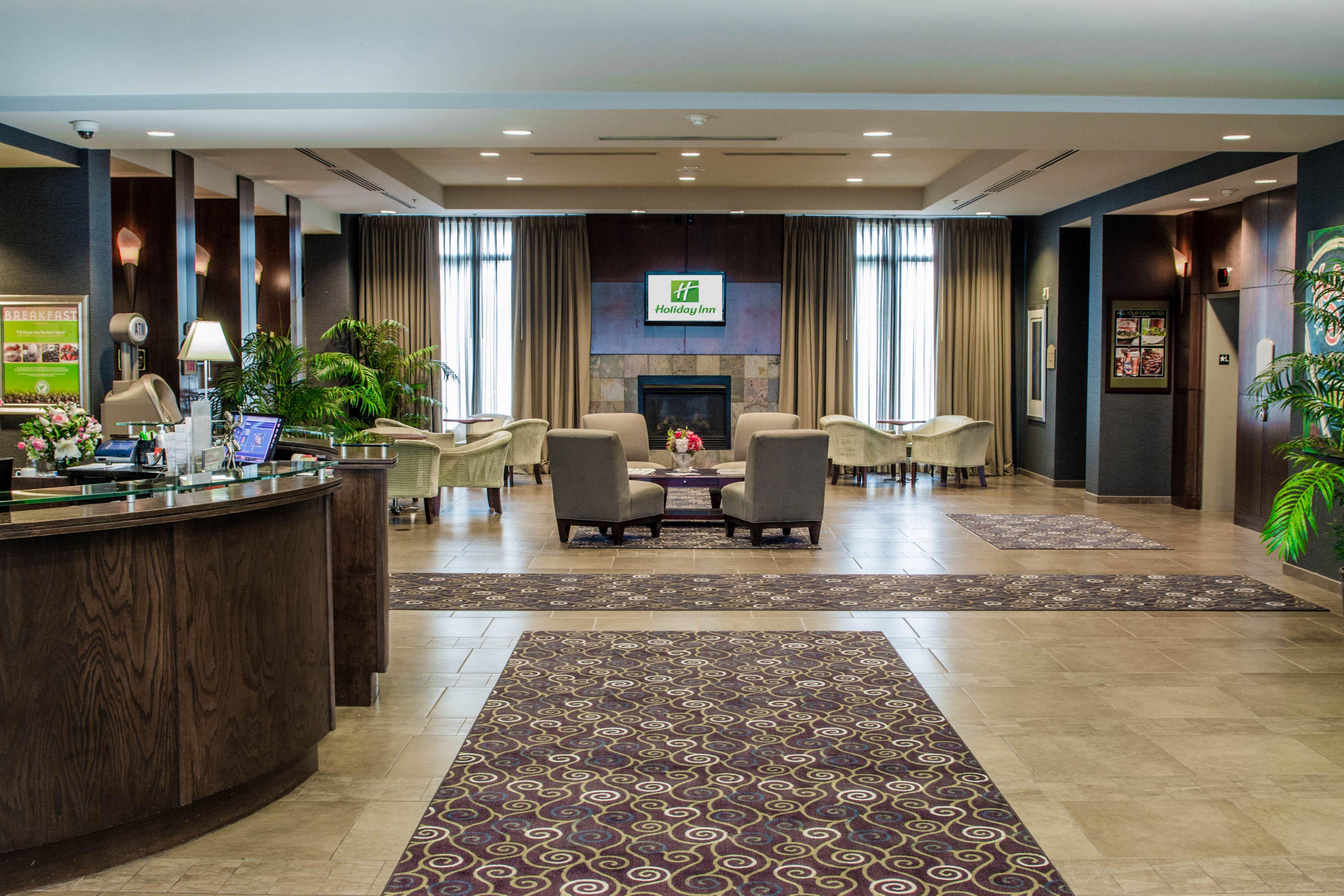 Holiday Inn Kansas City Airport image 4