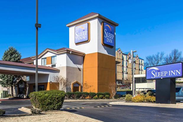 Hotels Near Memphis International Raceway