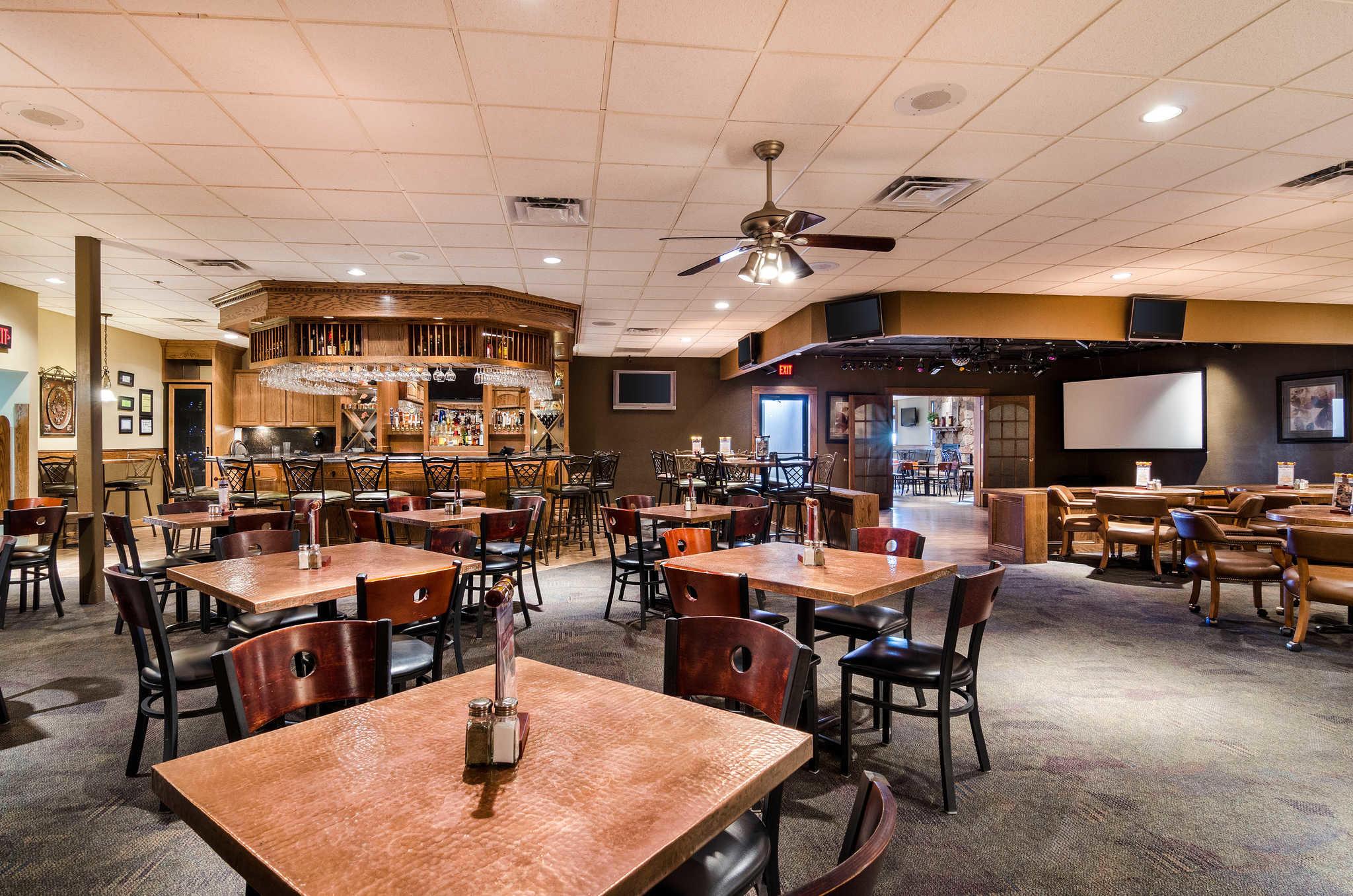 Clarion Inn - Garden City, KS - Business Page