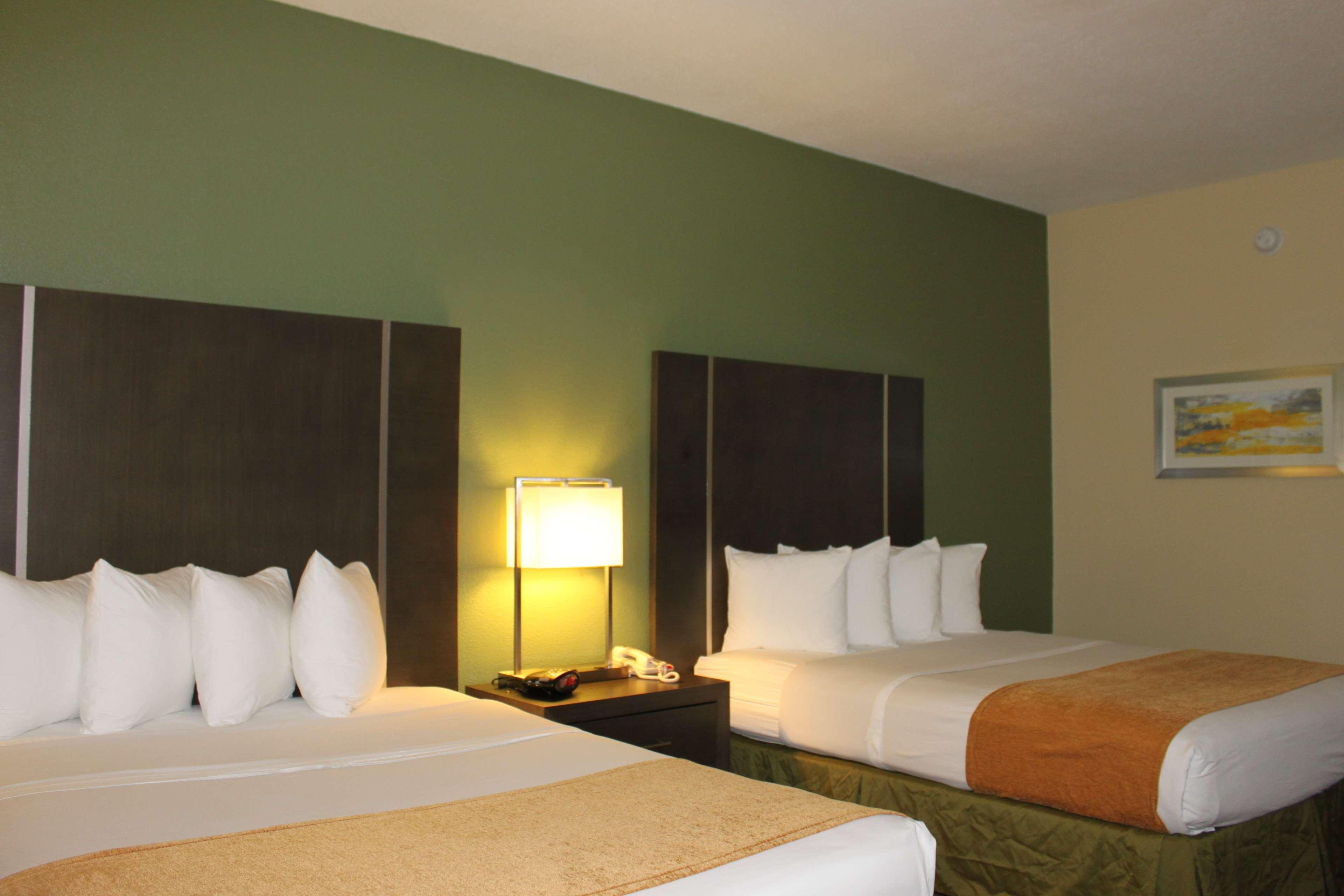 Best Western Plus North Houston Inn & Suites image 24