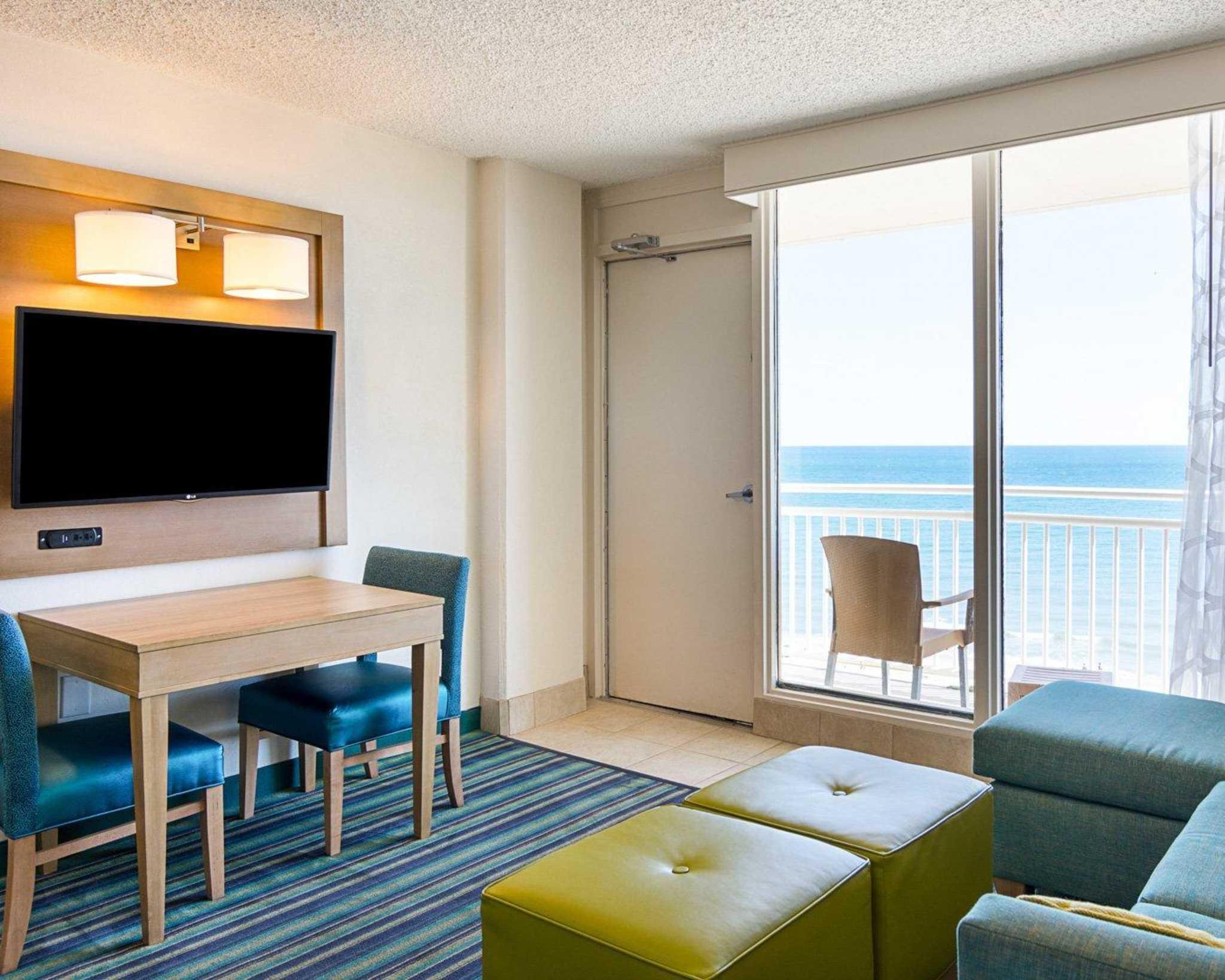 Comfort Suites Beachfront image 27