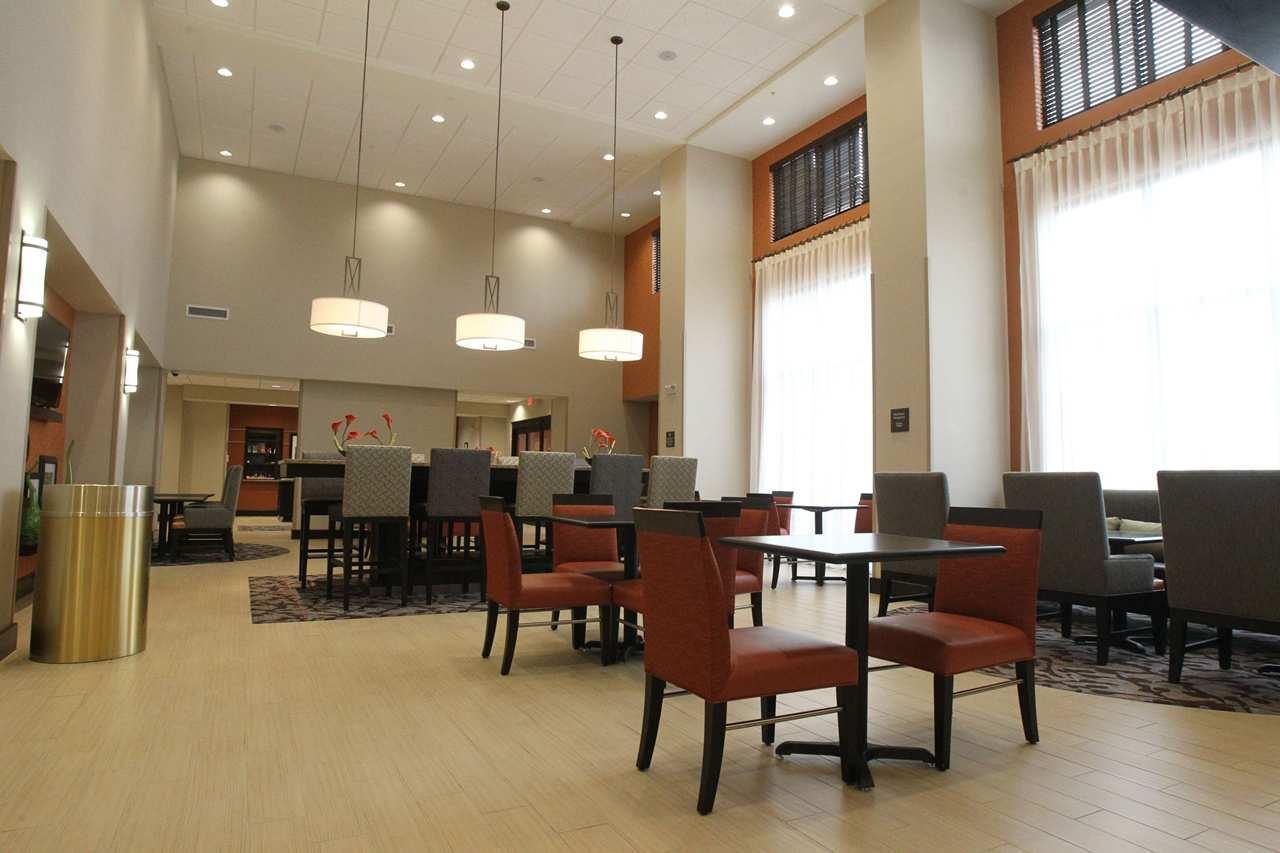 Hampton Inn & Suites Seneca-Clemson Area image 1