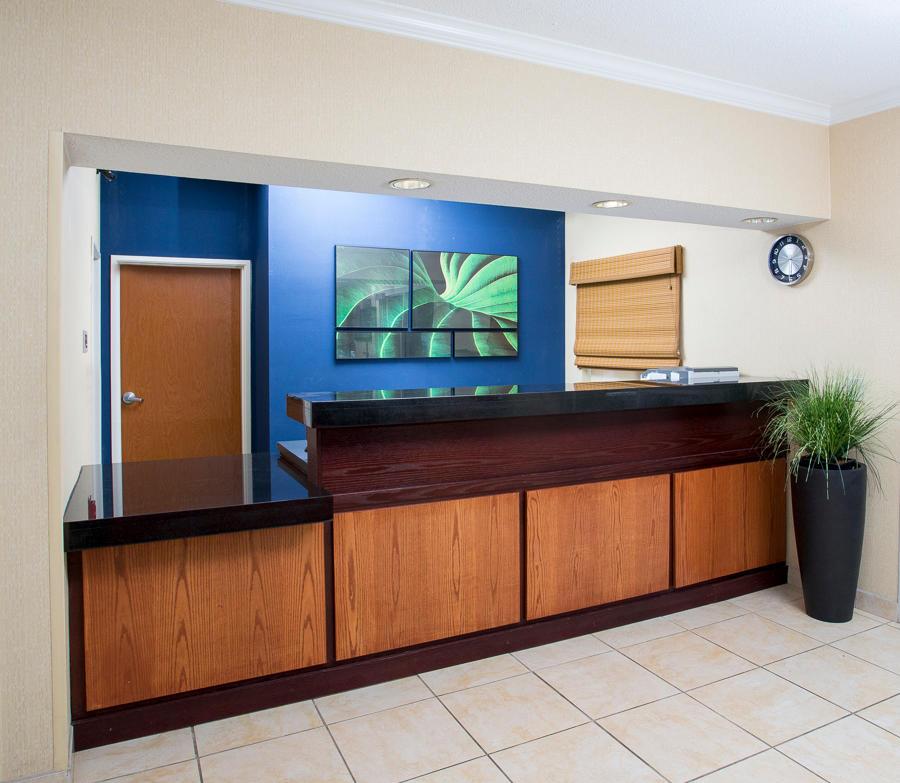 Fairfield Inn & Suites by Marriott Houston Energy Corridor/Katy Freeway image 1