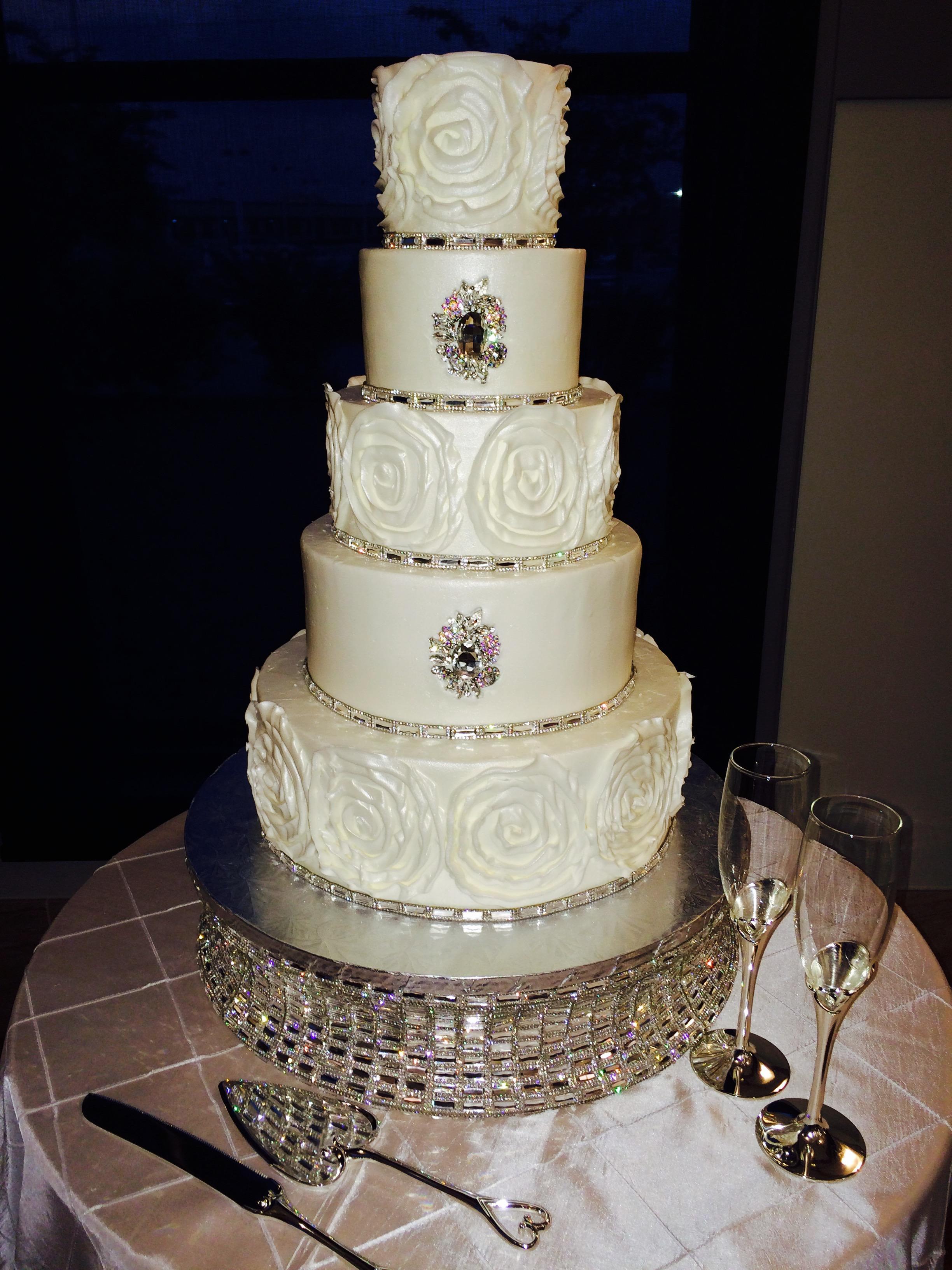 Wedding Cakes by Tammy Allen image 4
