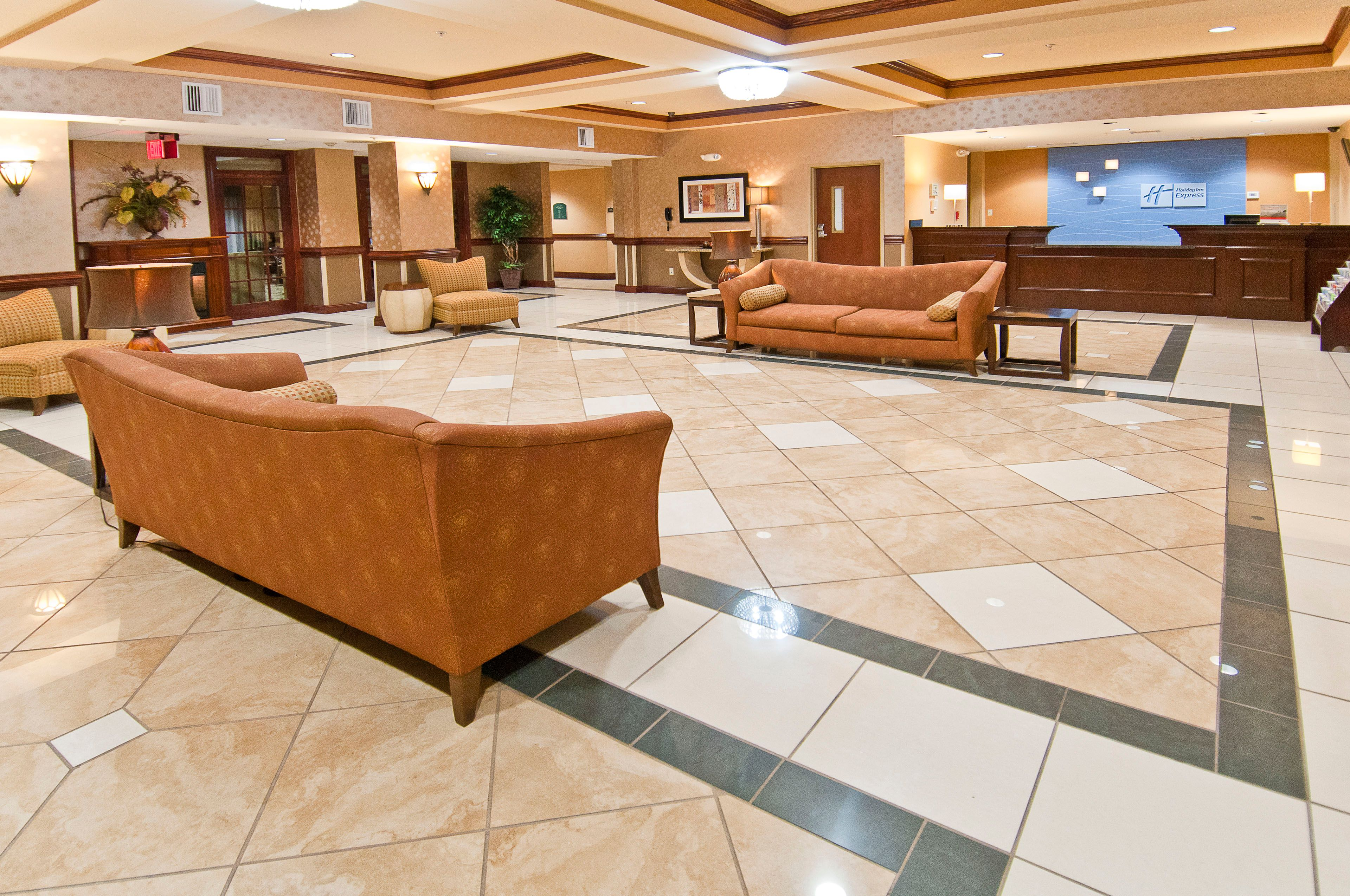 Holiday Inn Express & Suites Biloxi- Ocean Springs image 7