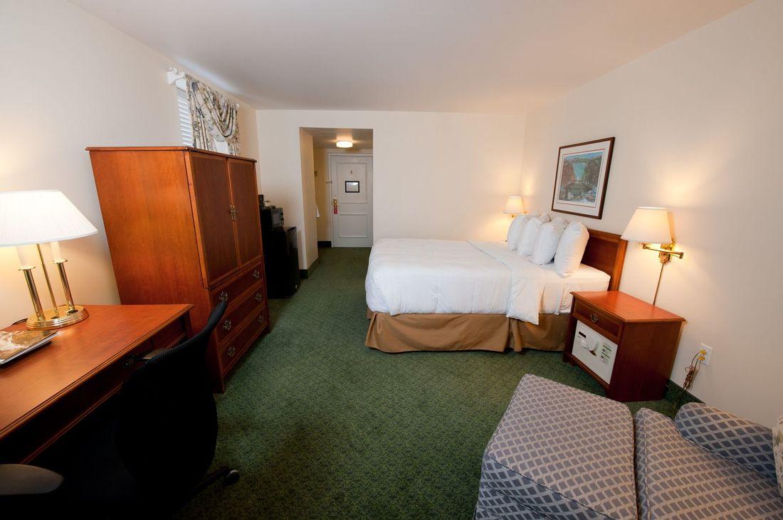 UVA Inn at Darden image 5