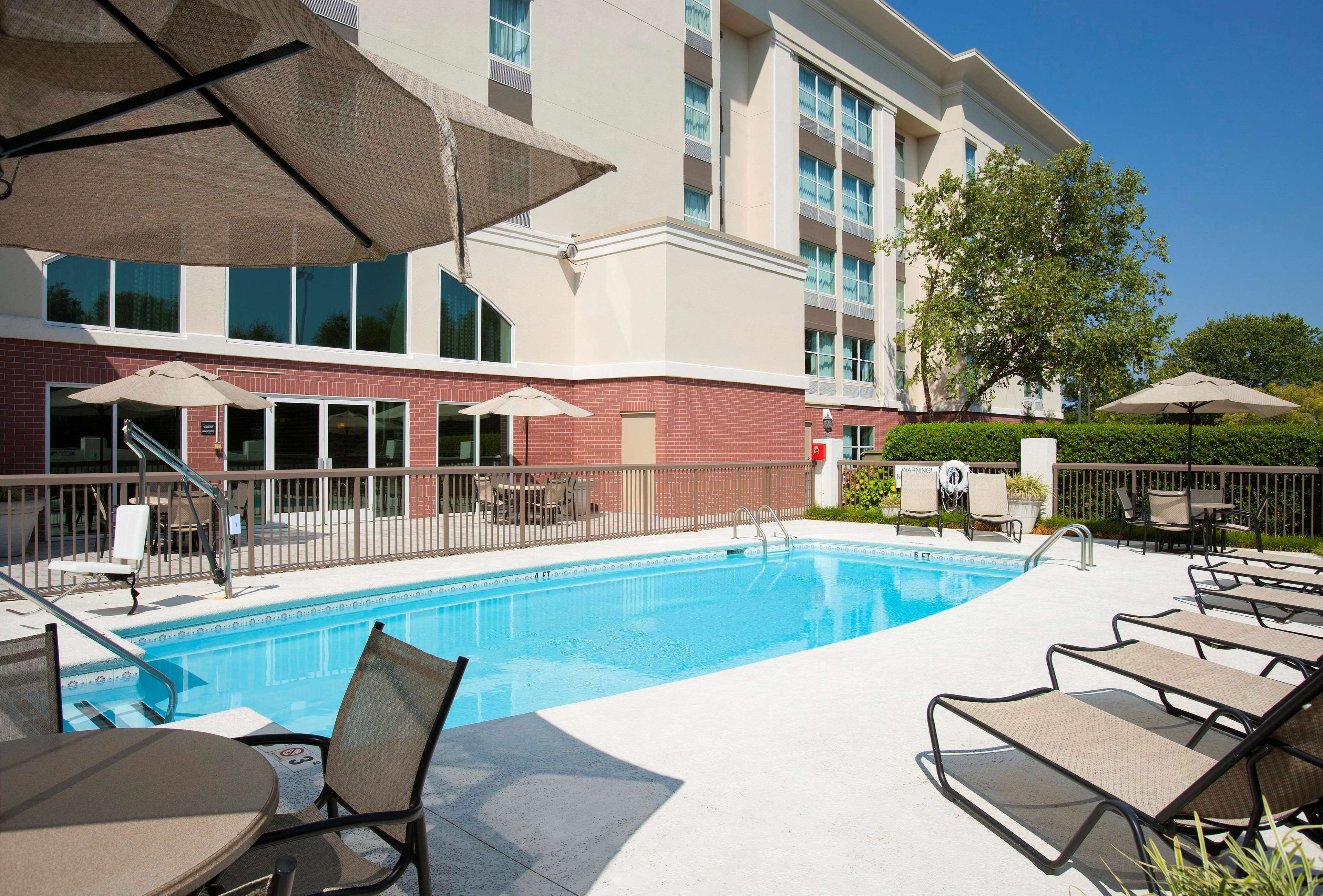 Hampton Inn & Suites Charlotte/Pineville image 12
