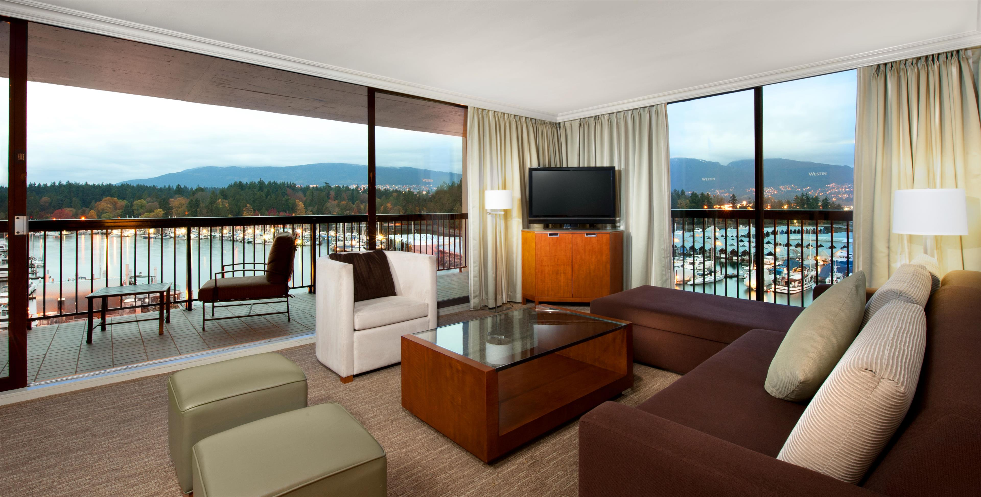 The Westin Bayshore, Vancouver in Vancouver: Lanai Suite - Parlour