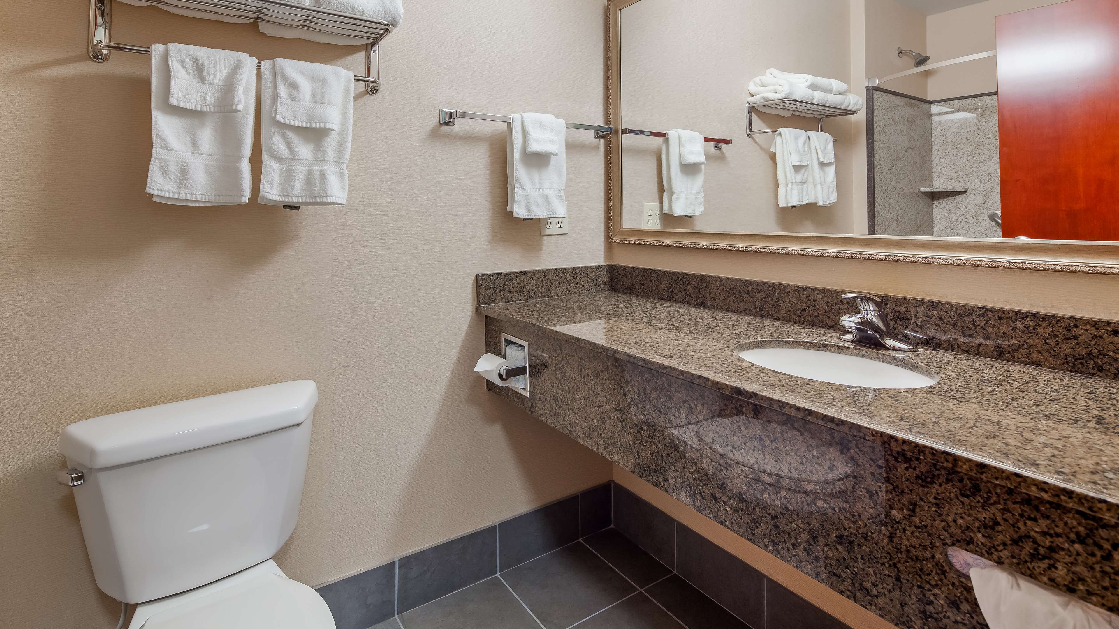 Best Western Plus Fossil Country Inn & Suites image 5