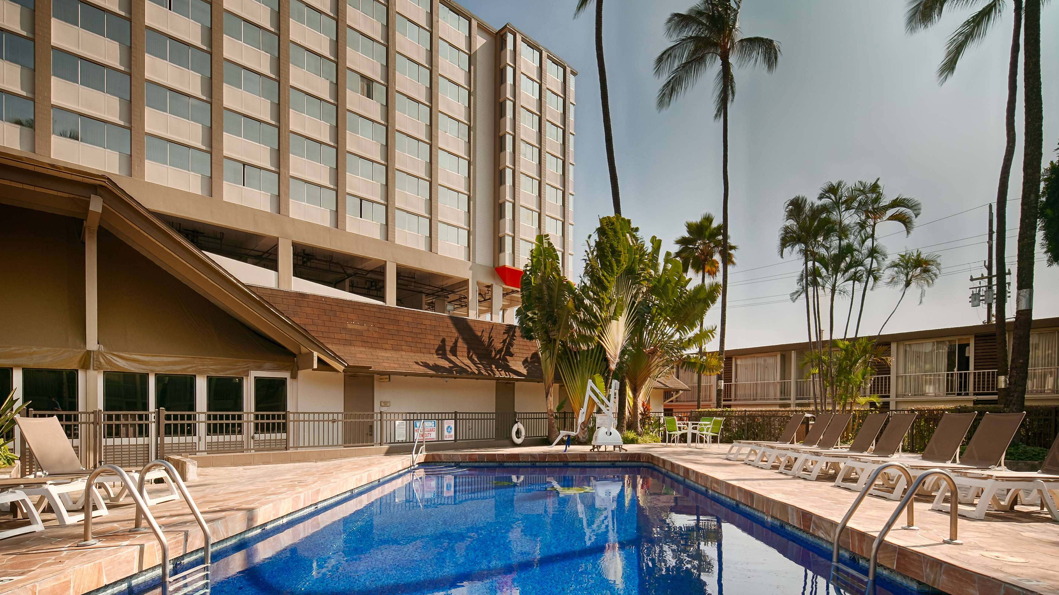 Best Western The Plaza Hotel image 12