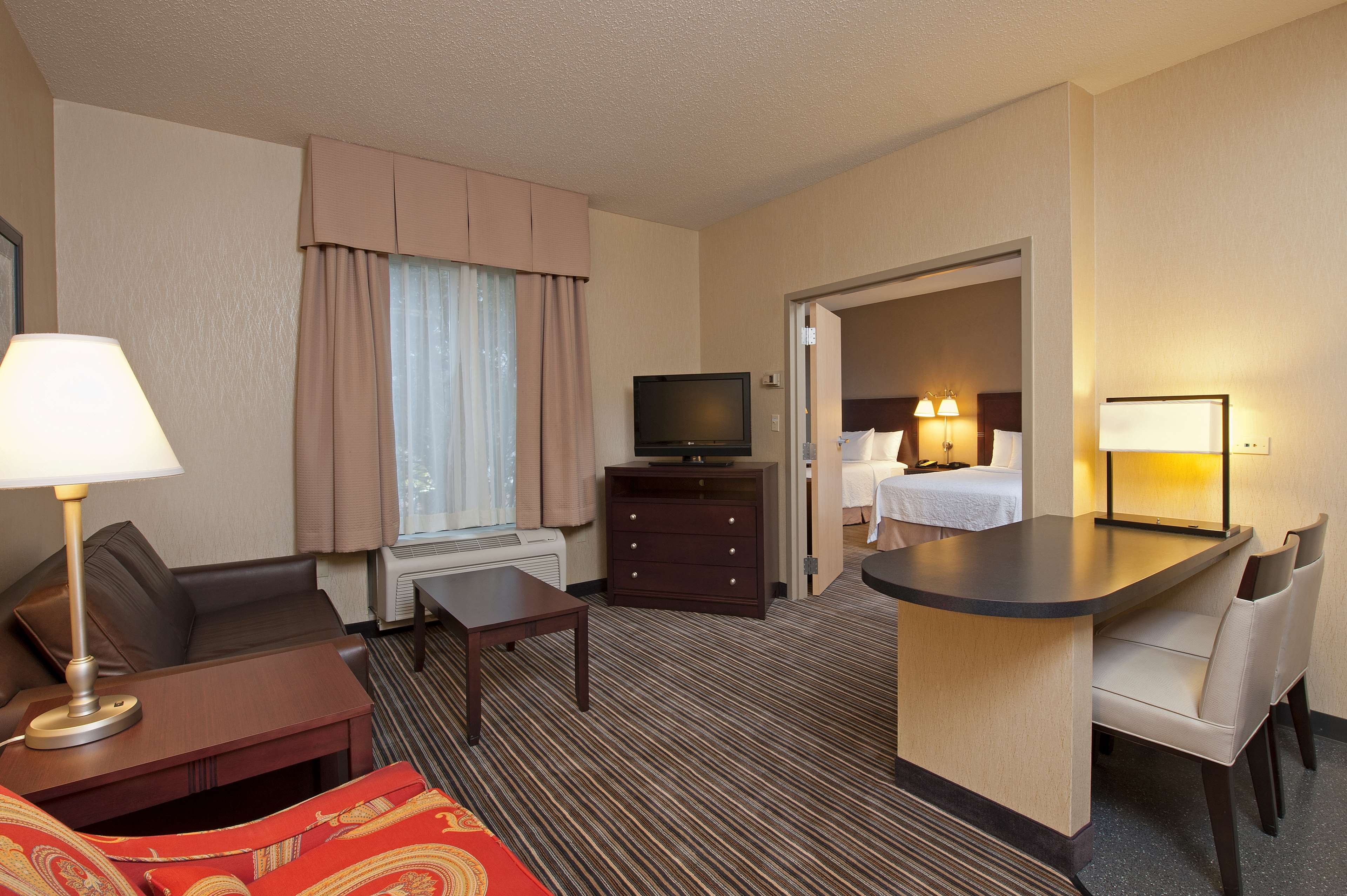 Hampton Inn & Suites Chicago/Lincolnshire image 12