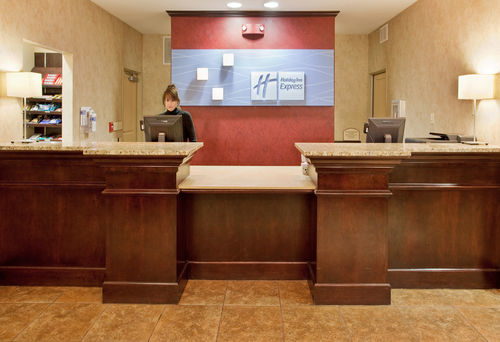 Holiday Inn Express & Suites East Wichita I-35 Andover image 1