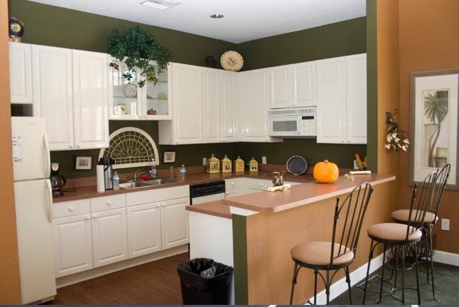Waverly Apartments image 10