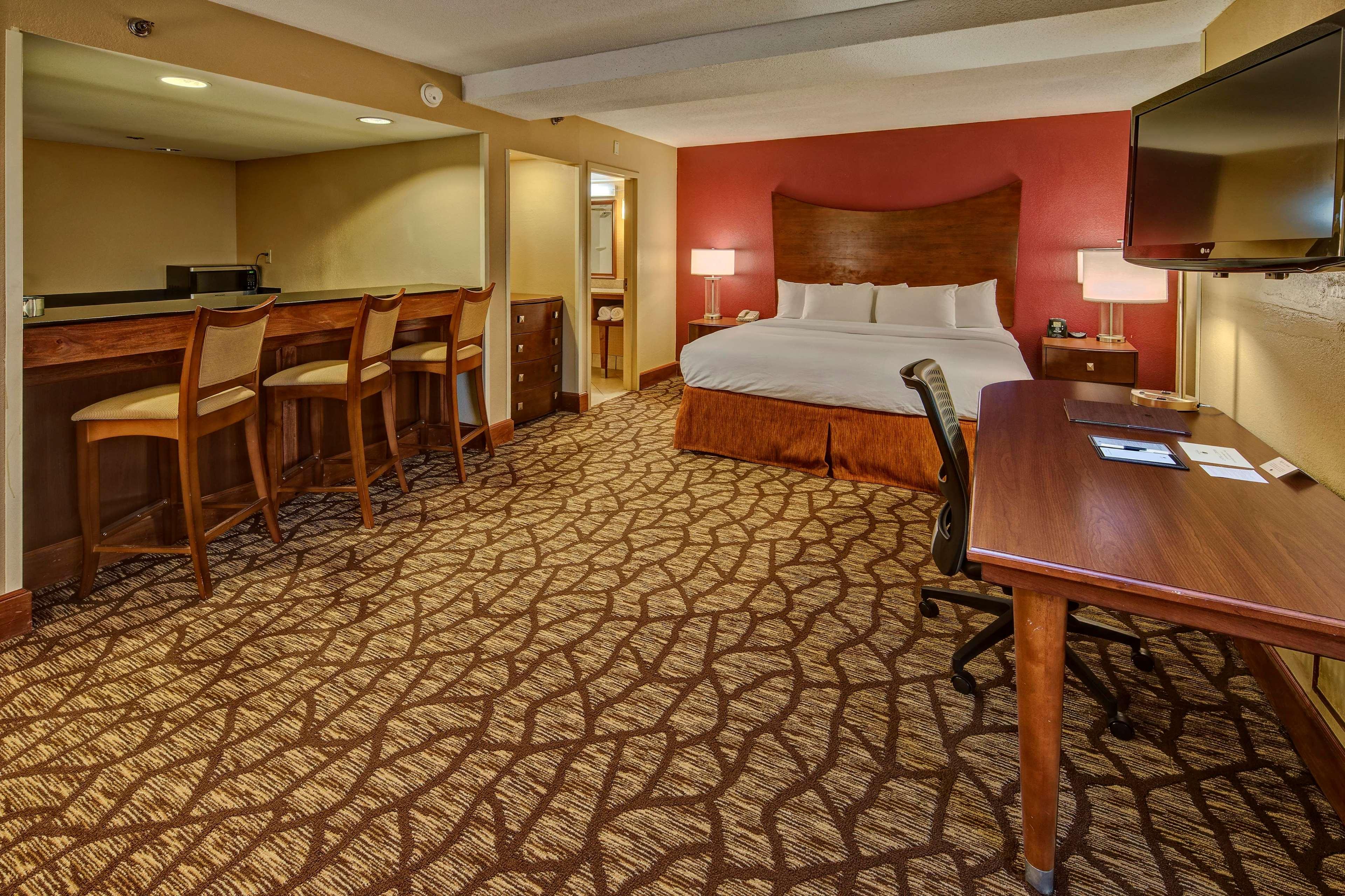 DoubleTree by Hilton Hotel Oak Ridge - Knoxville image 38