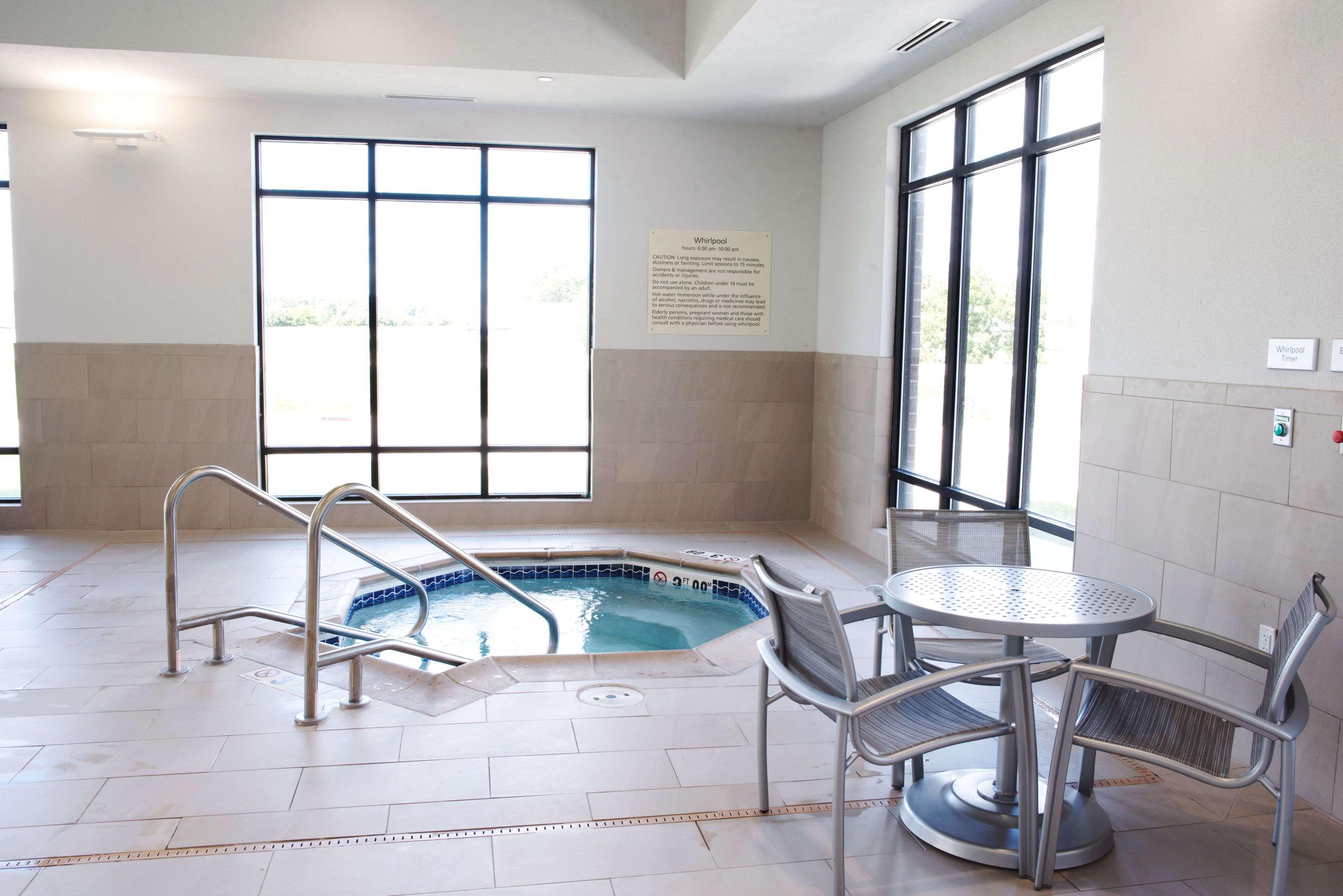 Hampton Inn & Suites Des Moines/Urbandale image 43