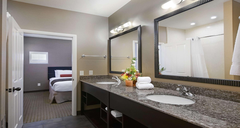 Best Western Plus Canyonlands Inn image 36