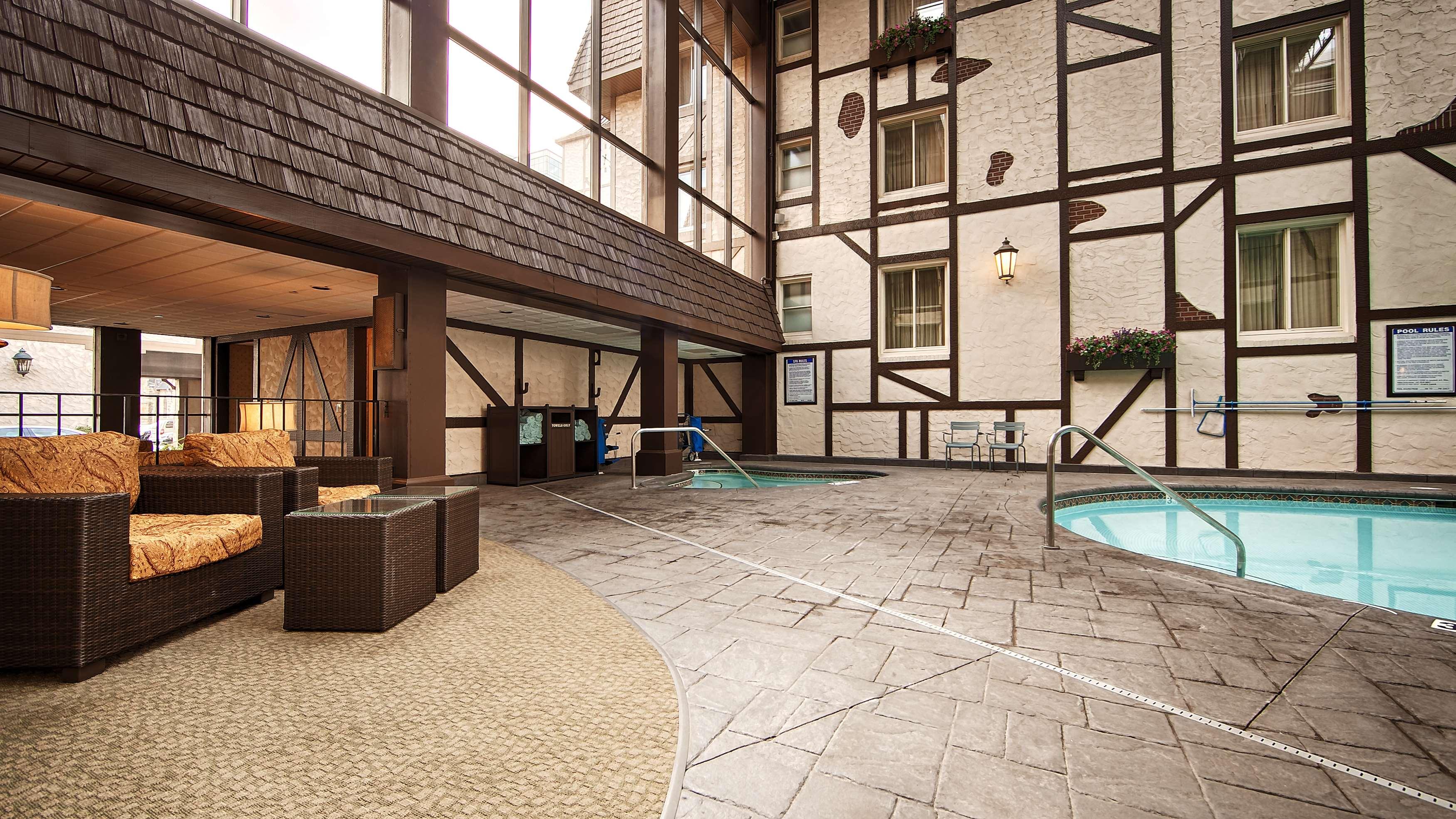 Best Western Plus The Normandy Inn & Suites image 15