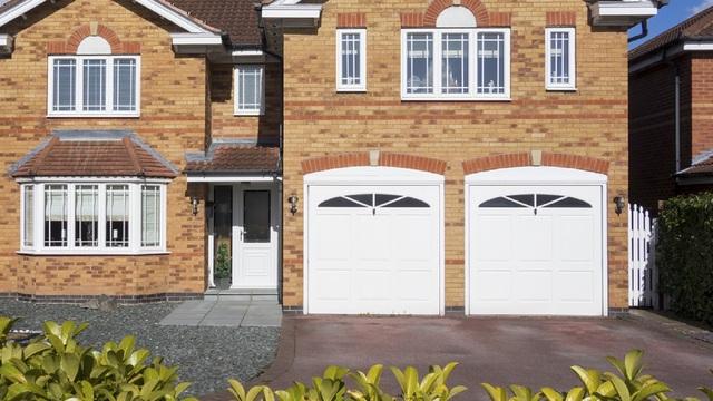 R Watson Garage Doors Doors Shutters Sales And Installation