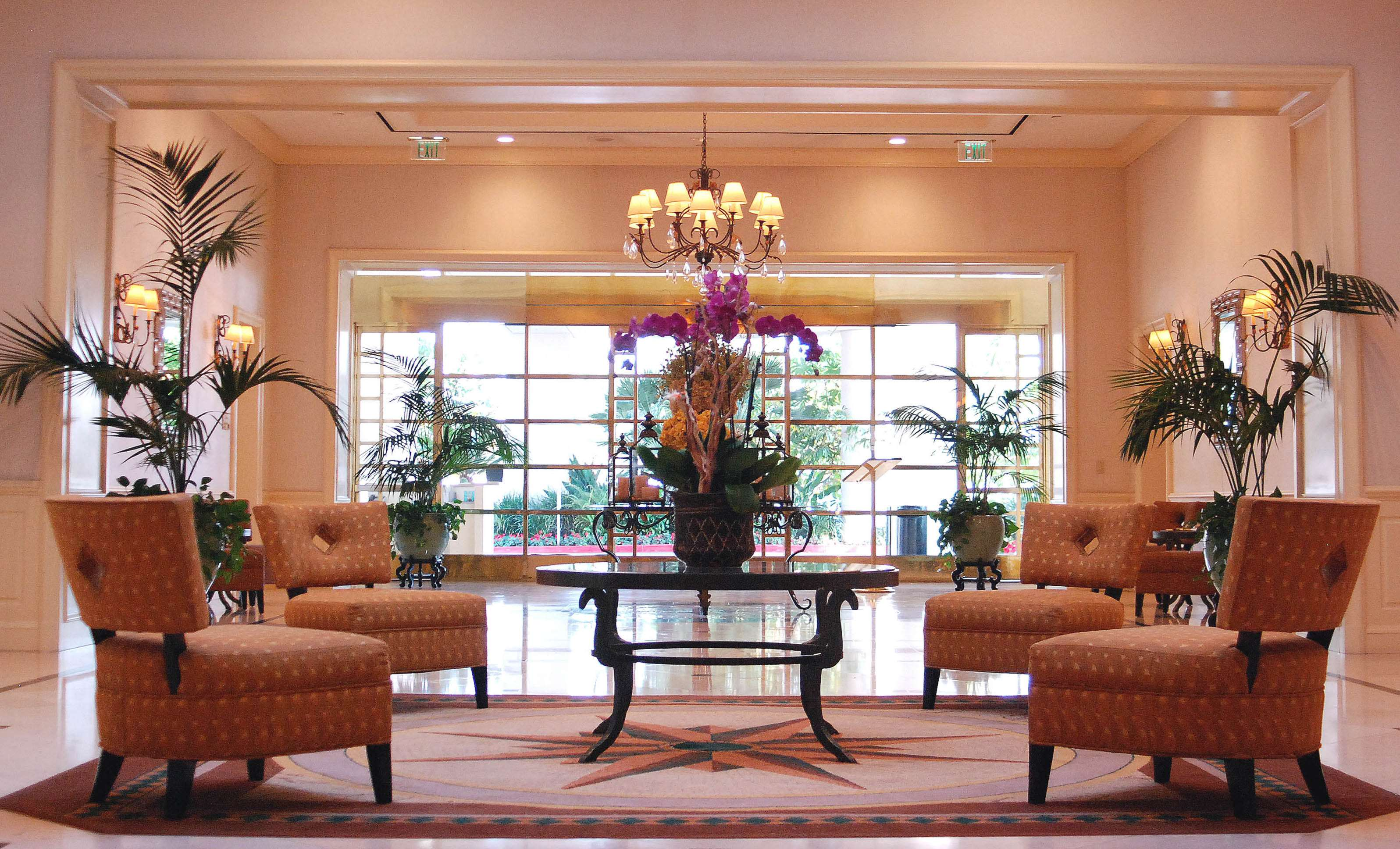 DoubleTree by Hilton Hotel Torrance - South Bay image 1