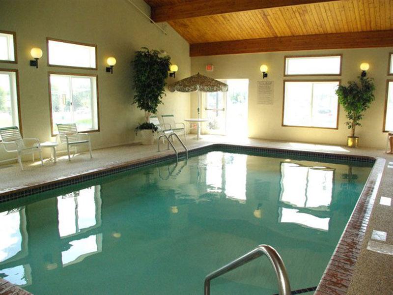 GrandStay® Hotel & Suites Waseca image 2