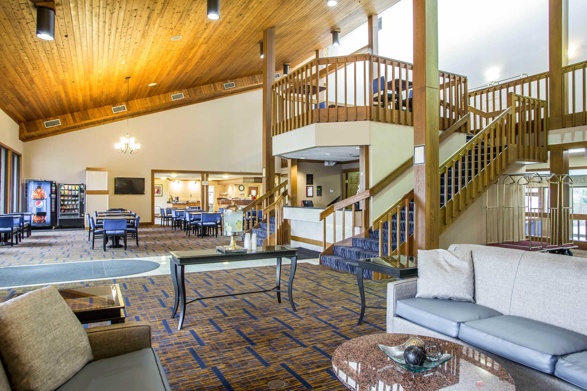 Clarion Inn image 5